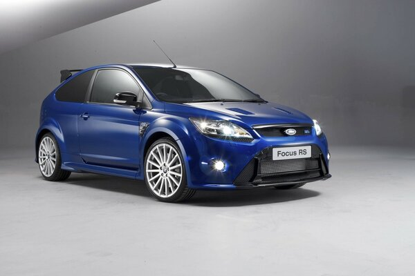 Ford Focus RS 2009 года