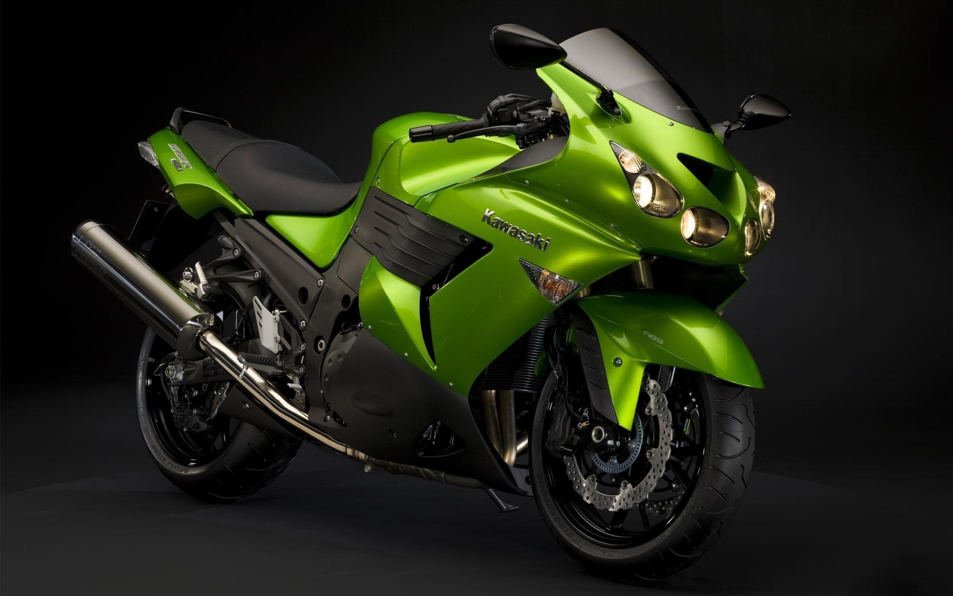 мотоцикл зелено-черный без смс