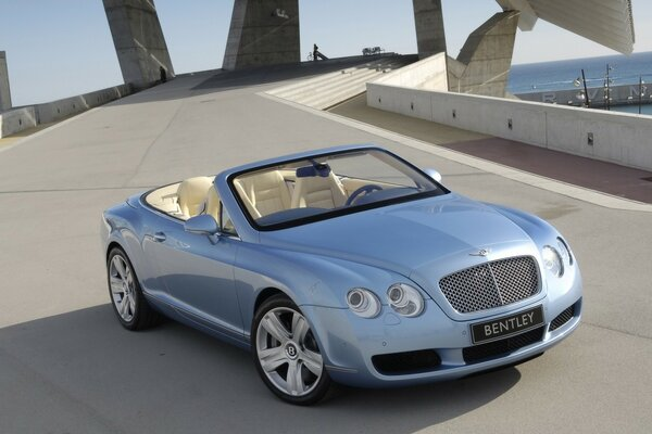 Bentley Continental GTC 2007 года
