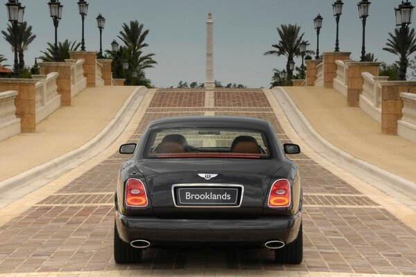 Bentley Brooklands заднего 2008