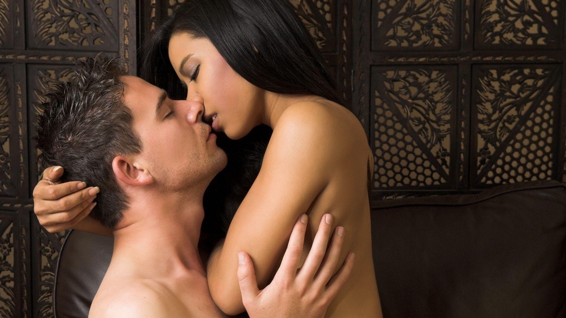 Как правильно заниматься анальным сексом