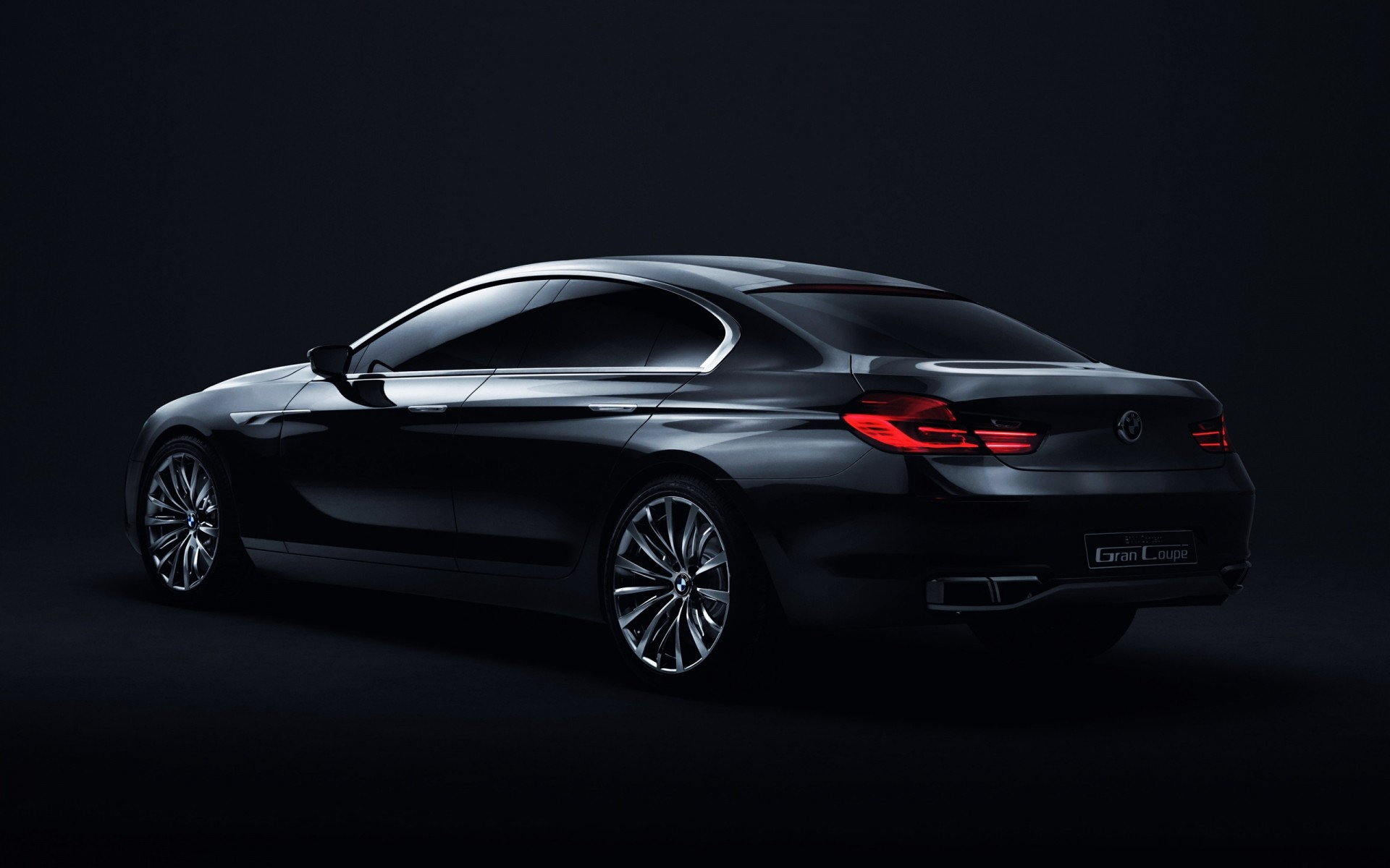 Bmw Gran Coupe сзади