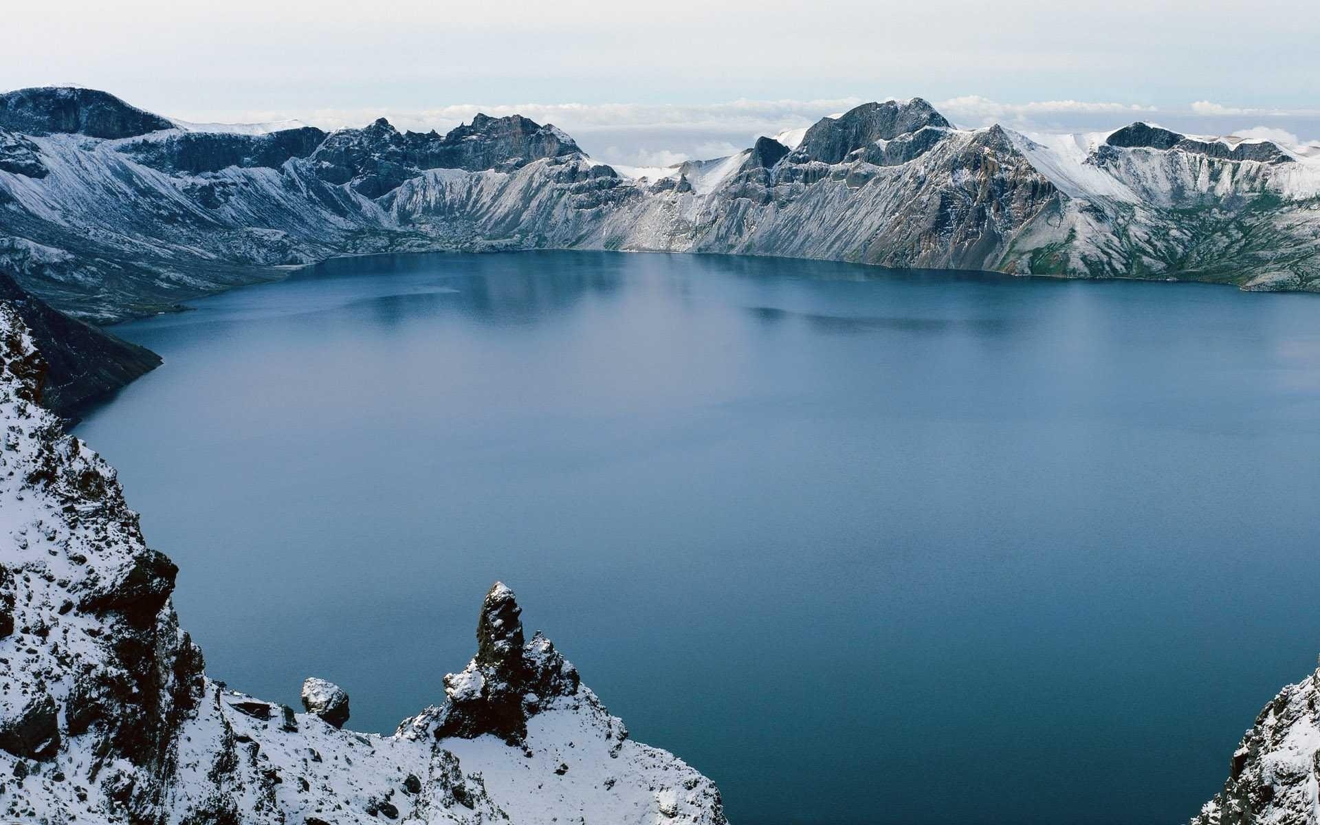 картинки фото озера внутри гор ваше имущество