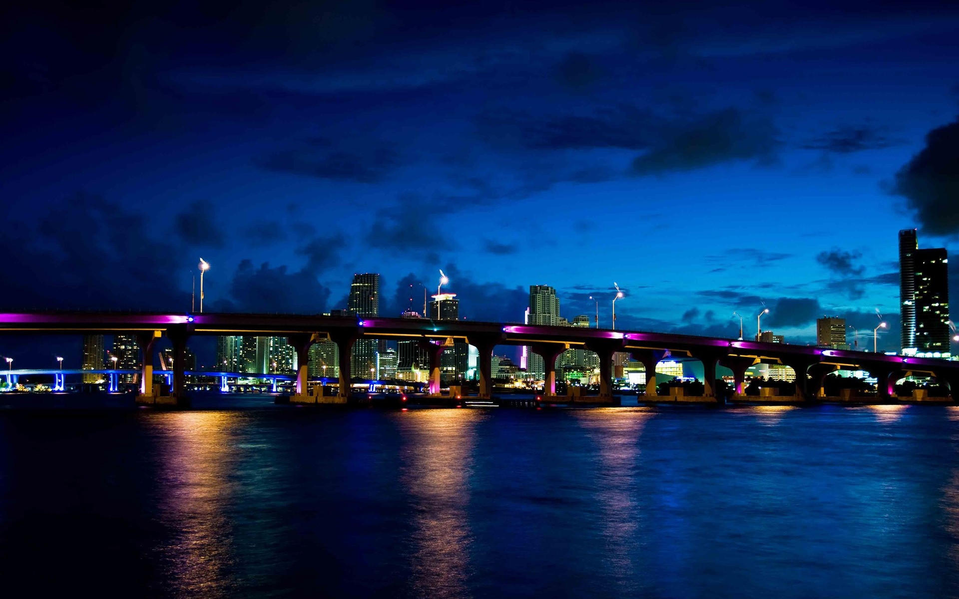 Мост огни ночь  № 3716561 бесплатно