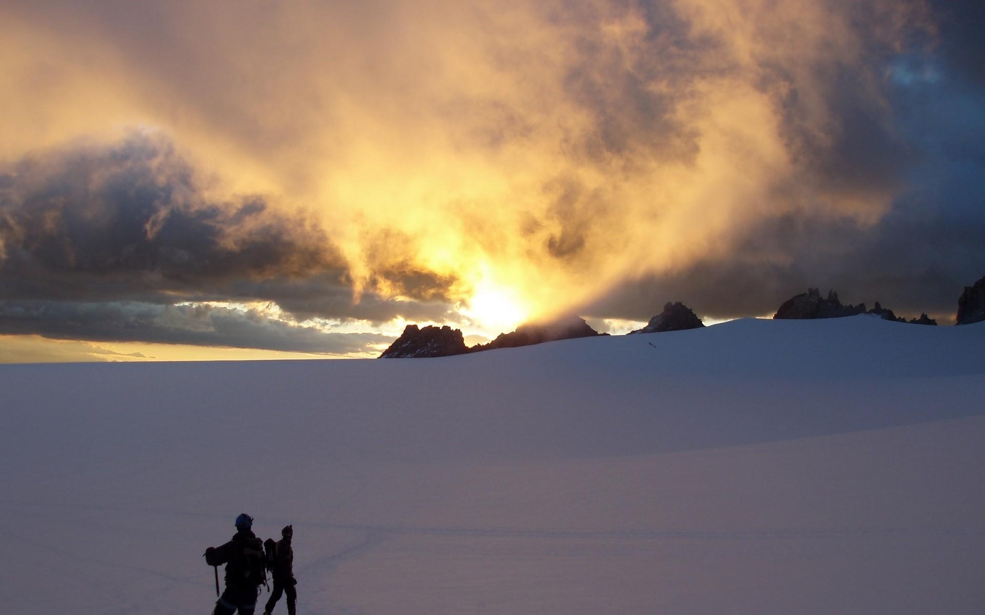 снег горы рассвет бесплатно