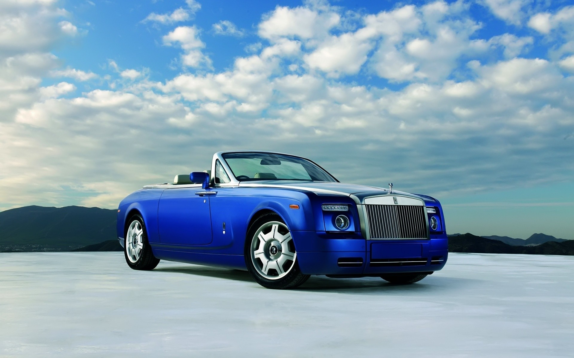 Rolls Royce Phantom Drophead Coupe синий