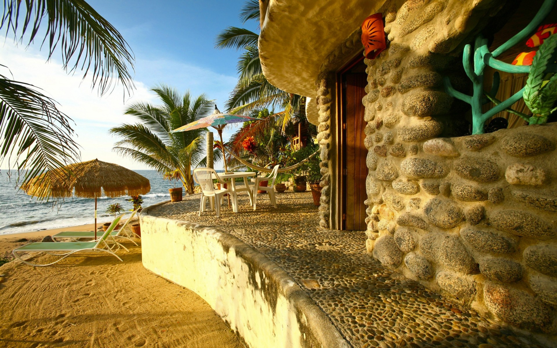 Обои на рабочий стол домик на море солнце пляж