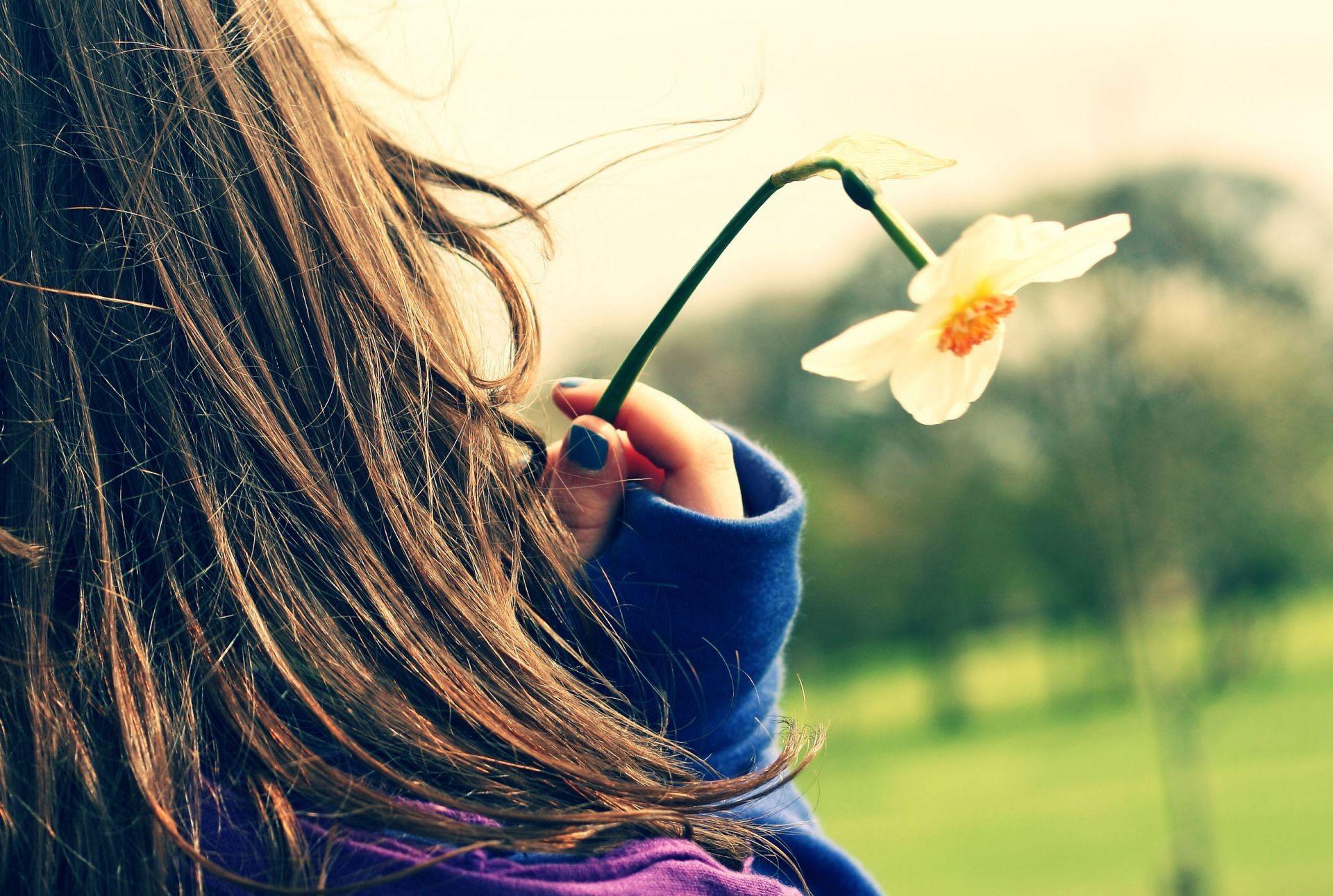 Весна на аву девушка