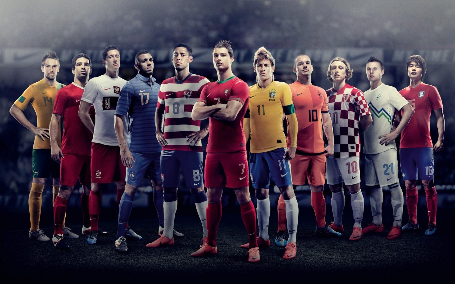 Картинка футболисты лучшие