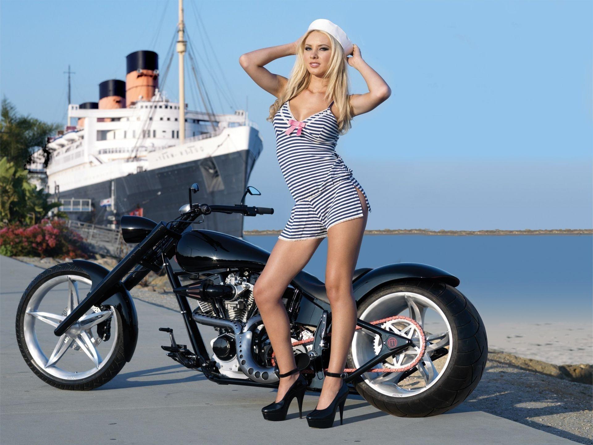 Bikes with hot girls, girl fuck bars cop