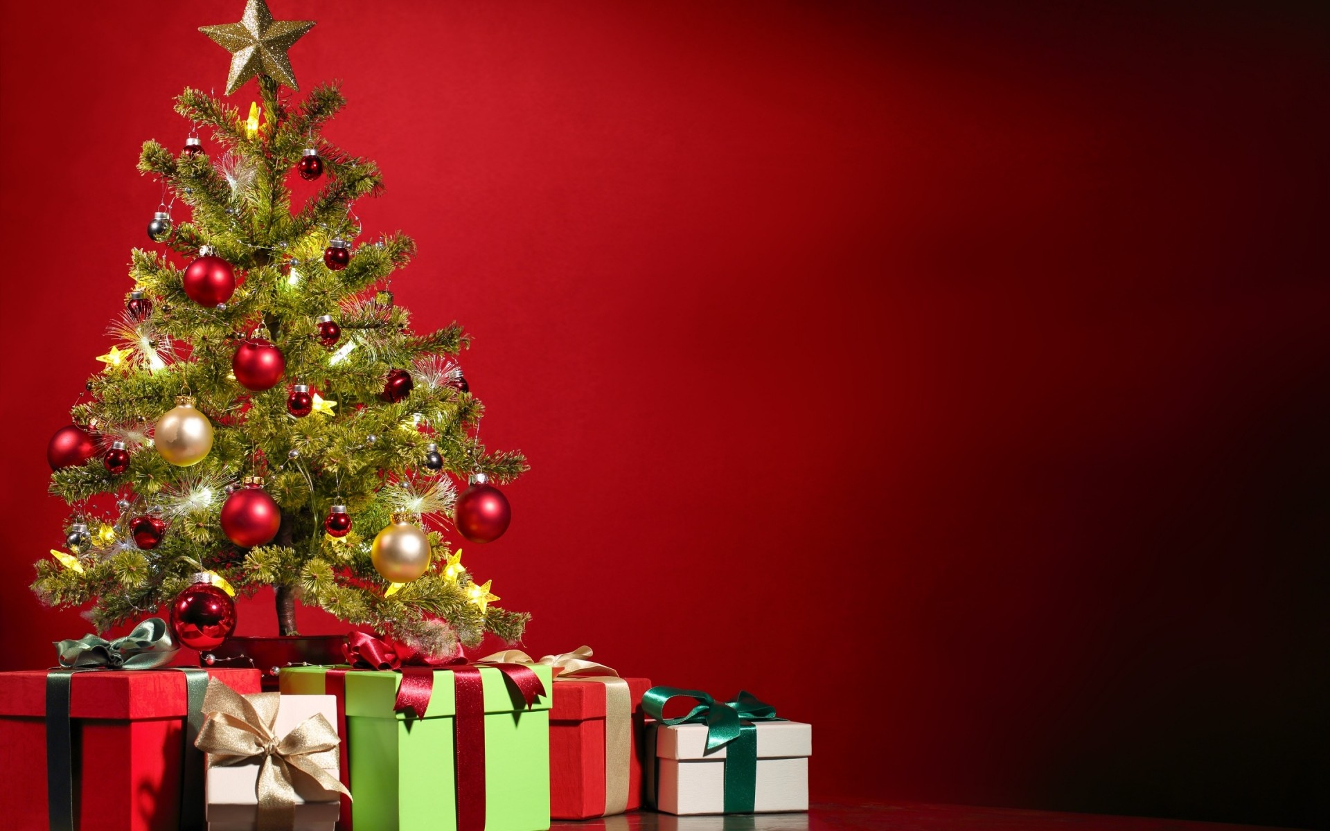 Днем рождения, елка новогодняя на открытках