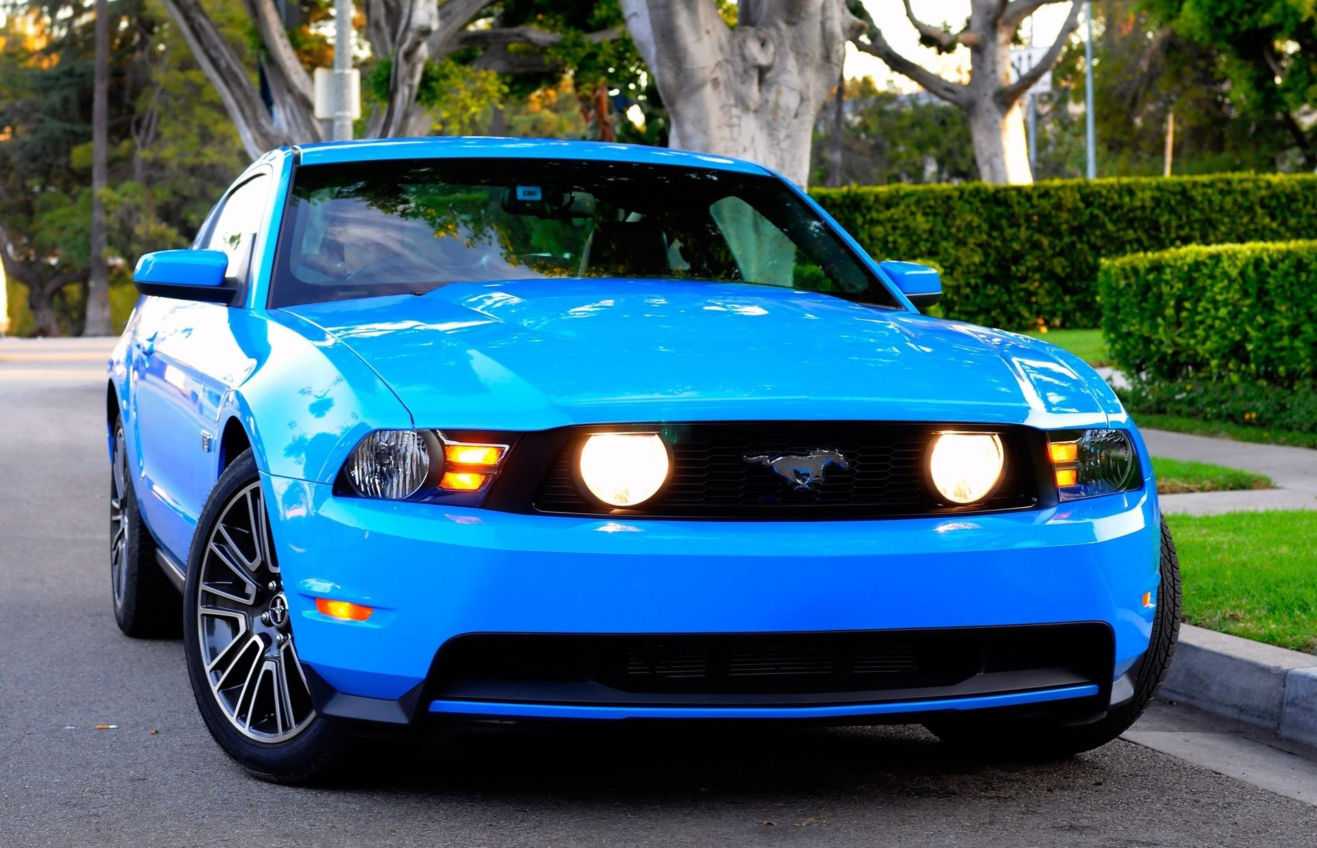 gt Ford mustang 2010