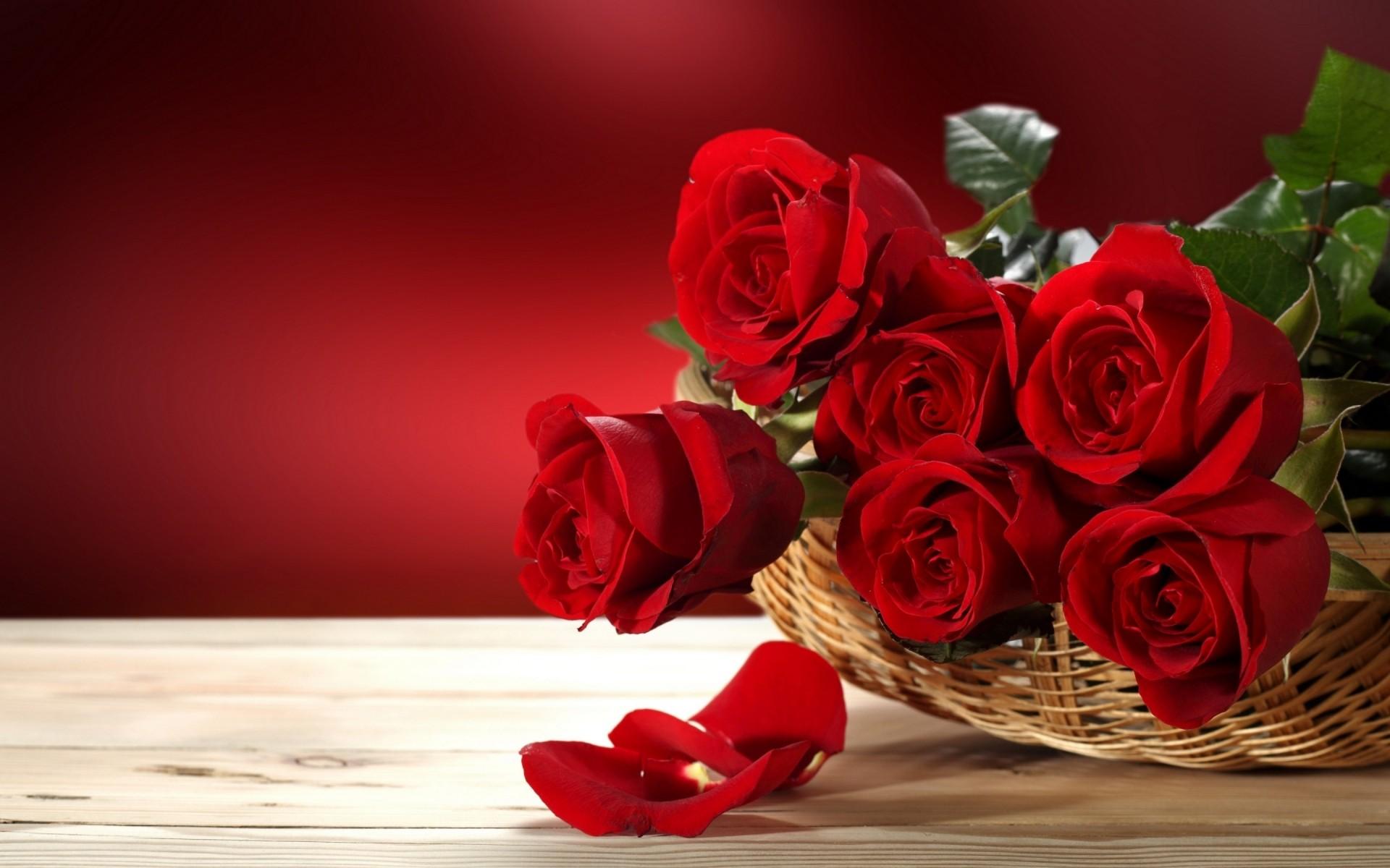 Открытка с красными роз