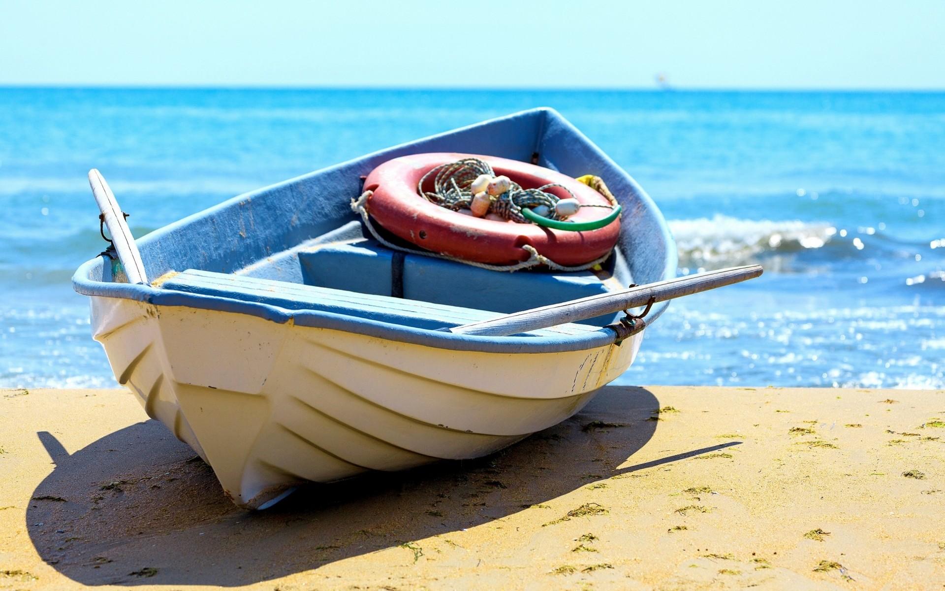 Картинки на телефон лодка море