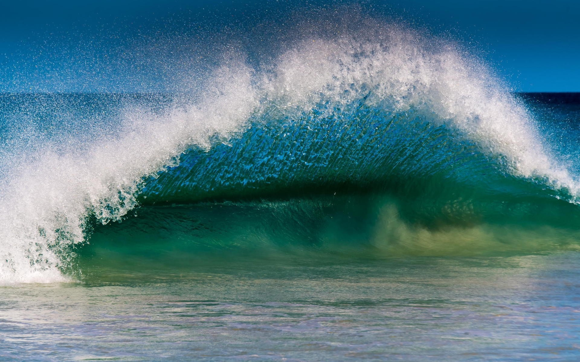 Обои на рабочий стол океанские волны