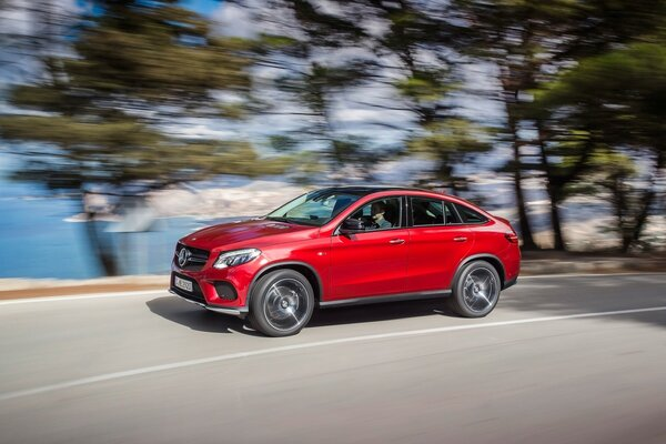 Mercedes Benz GLE купе