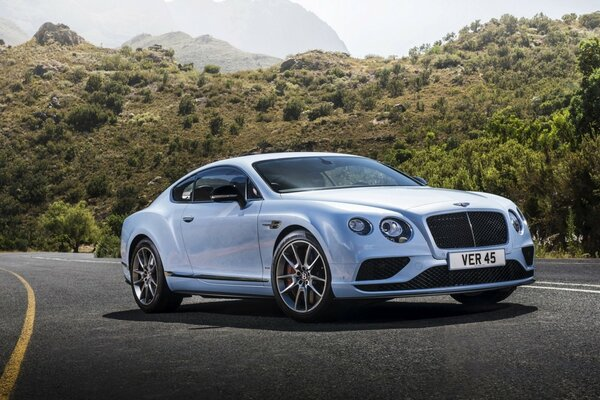 Bentley Continental GT скорость 2015