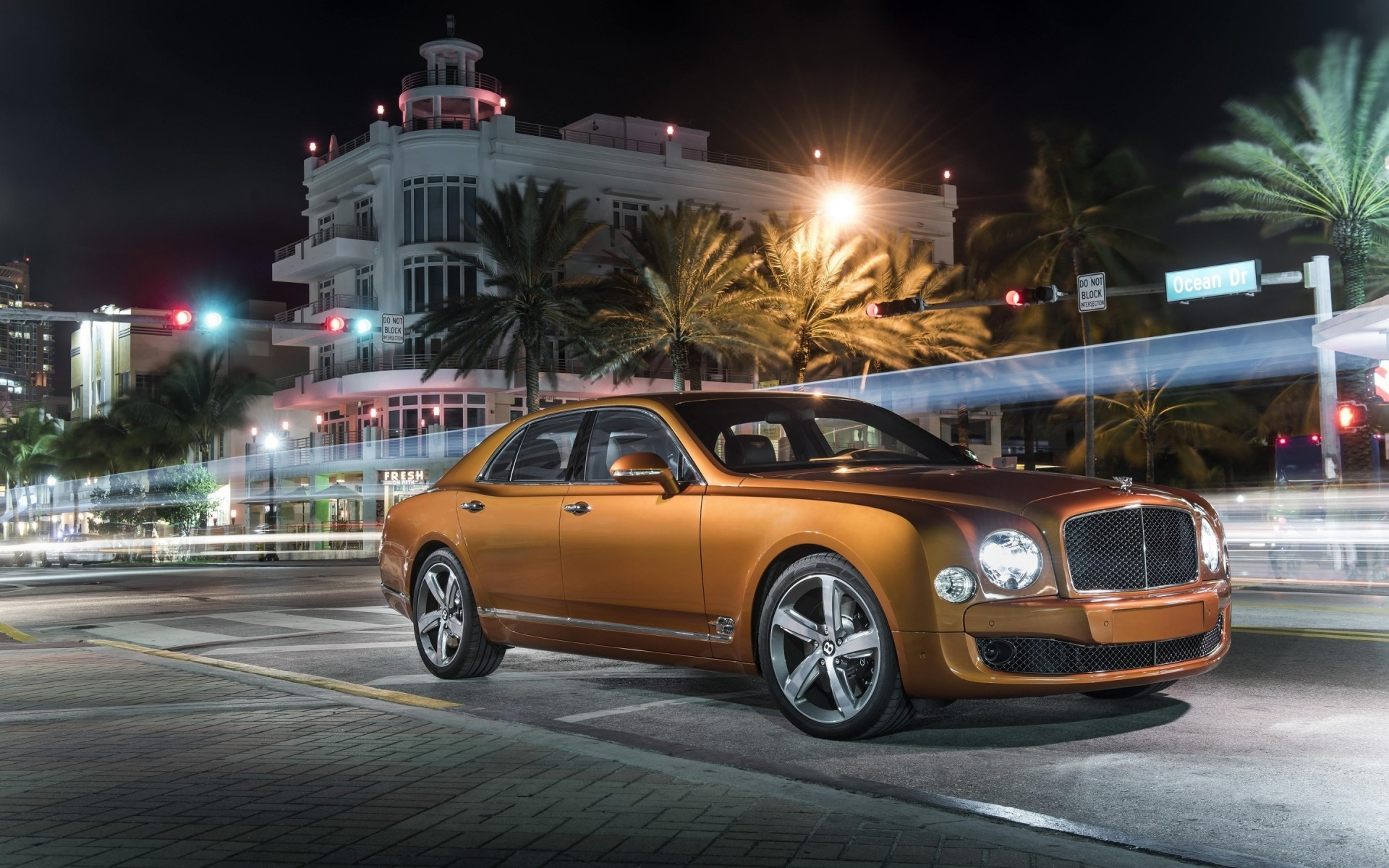 Золото Bentley Mulsanne