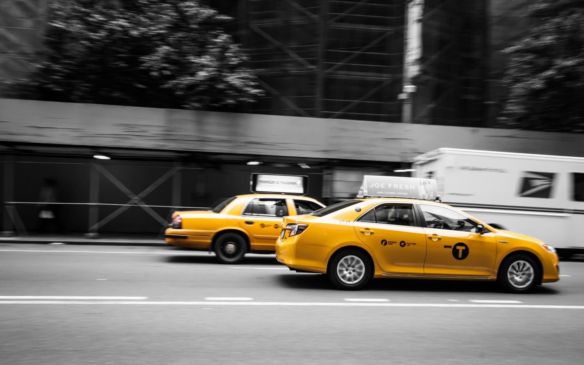 Обои на рабочий стол такси 4
