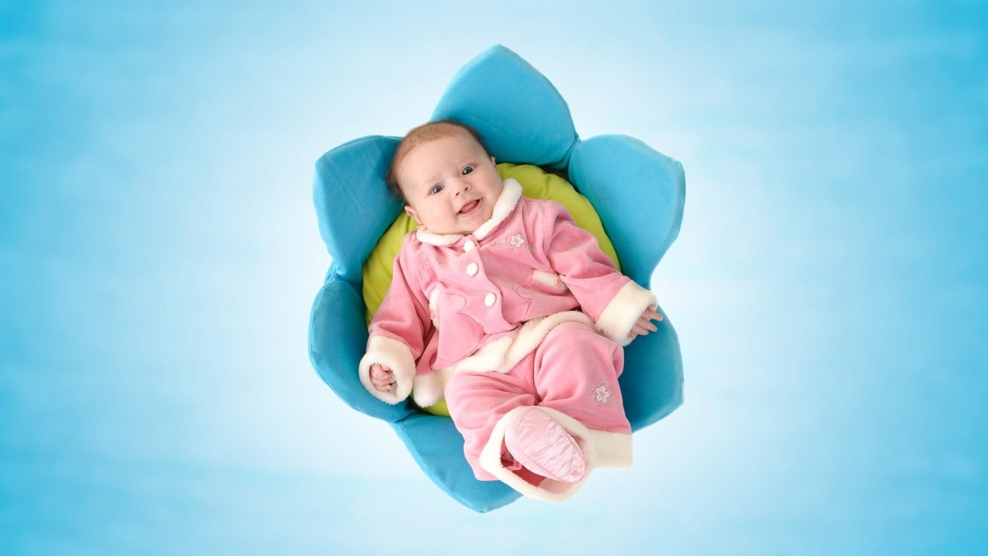 Картинки с малышами новорожденными