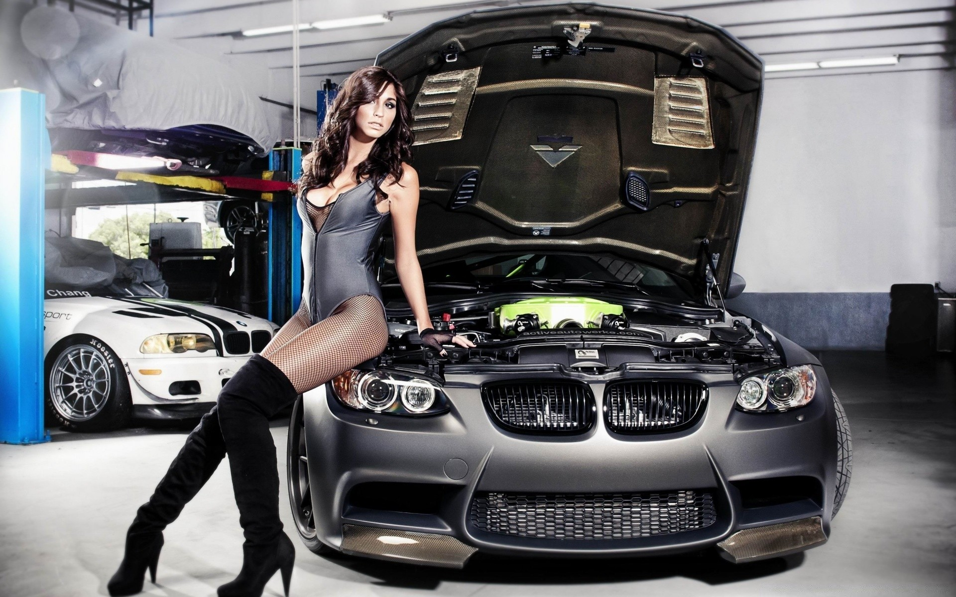 Girls cars with girles milf