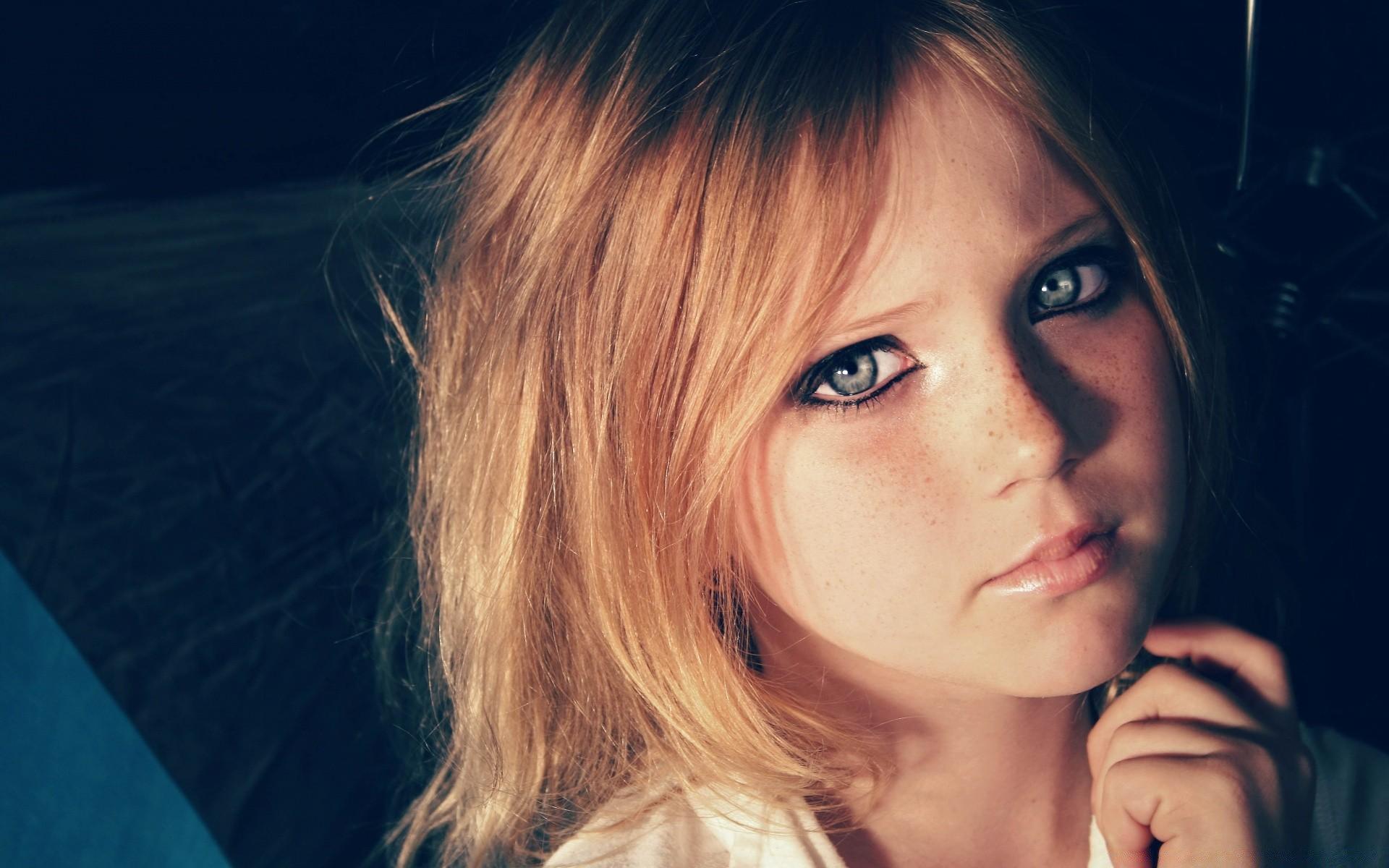 Смотреть фото молодых красивых девочек в домашнем, Откровенные снимки молодых русских девушек 15 фотография