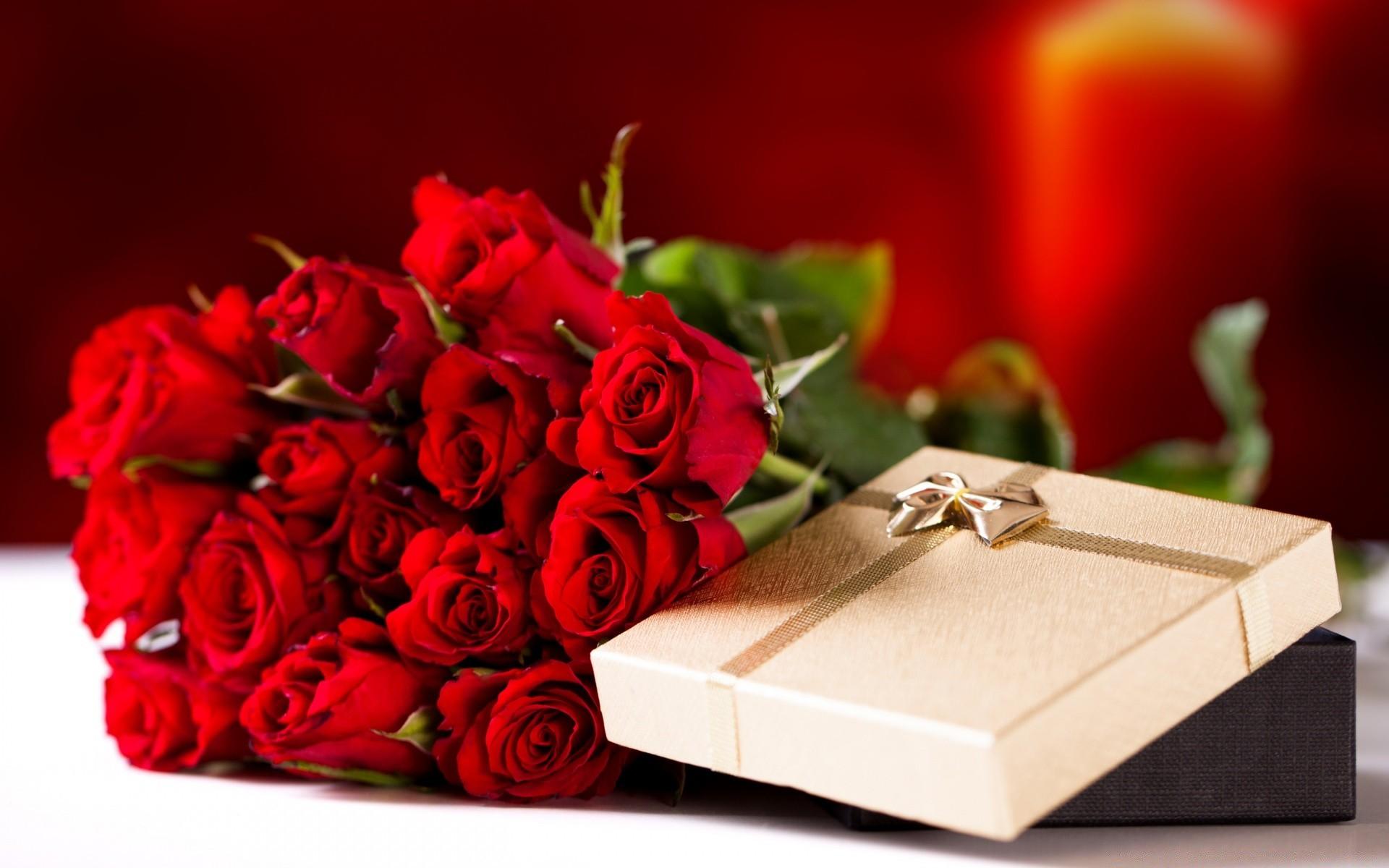 Поздравления с днем рождения женщине фото цветов