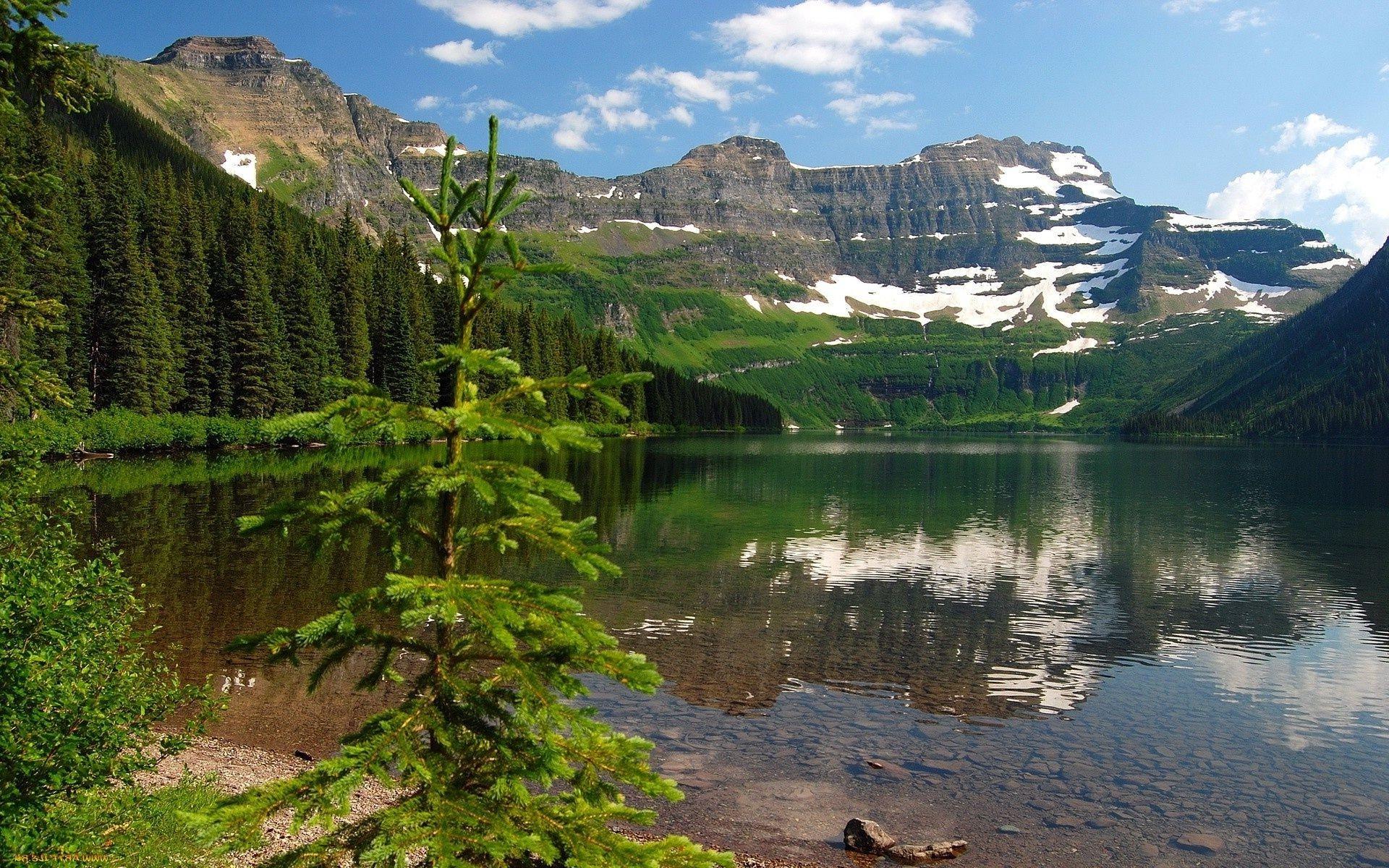 Озеро перед горой скачать