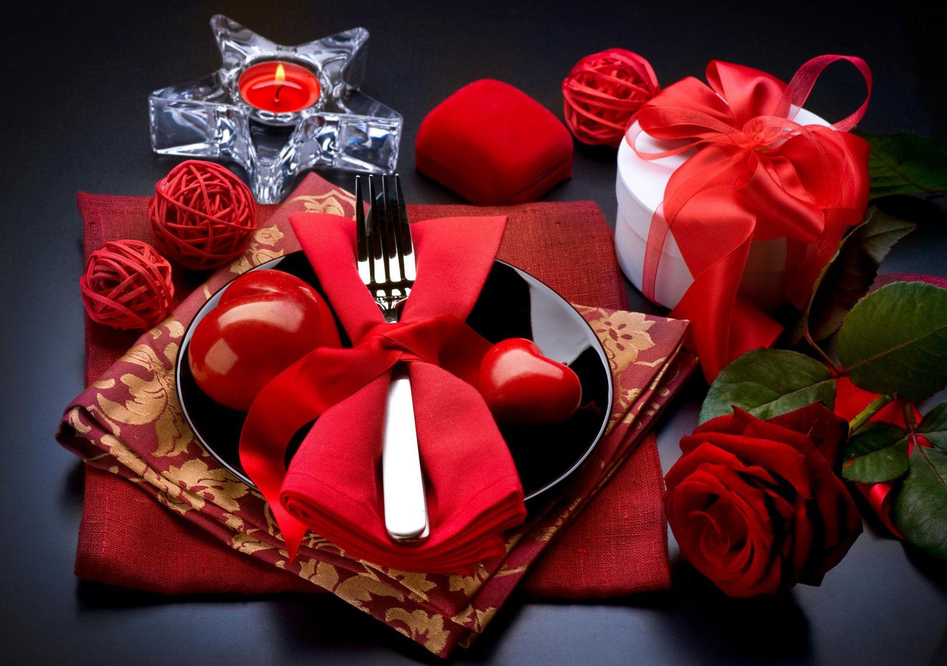 Картинки на рабочий стол день рождения розы и подарки