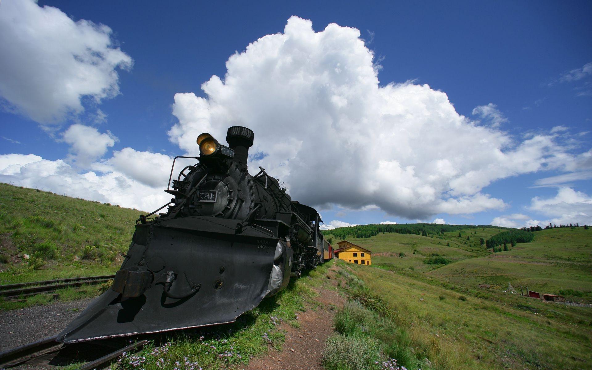 На рабочий стол обои локомотив