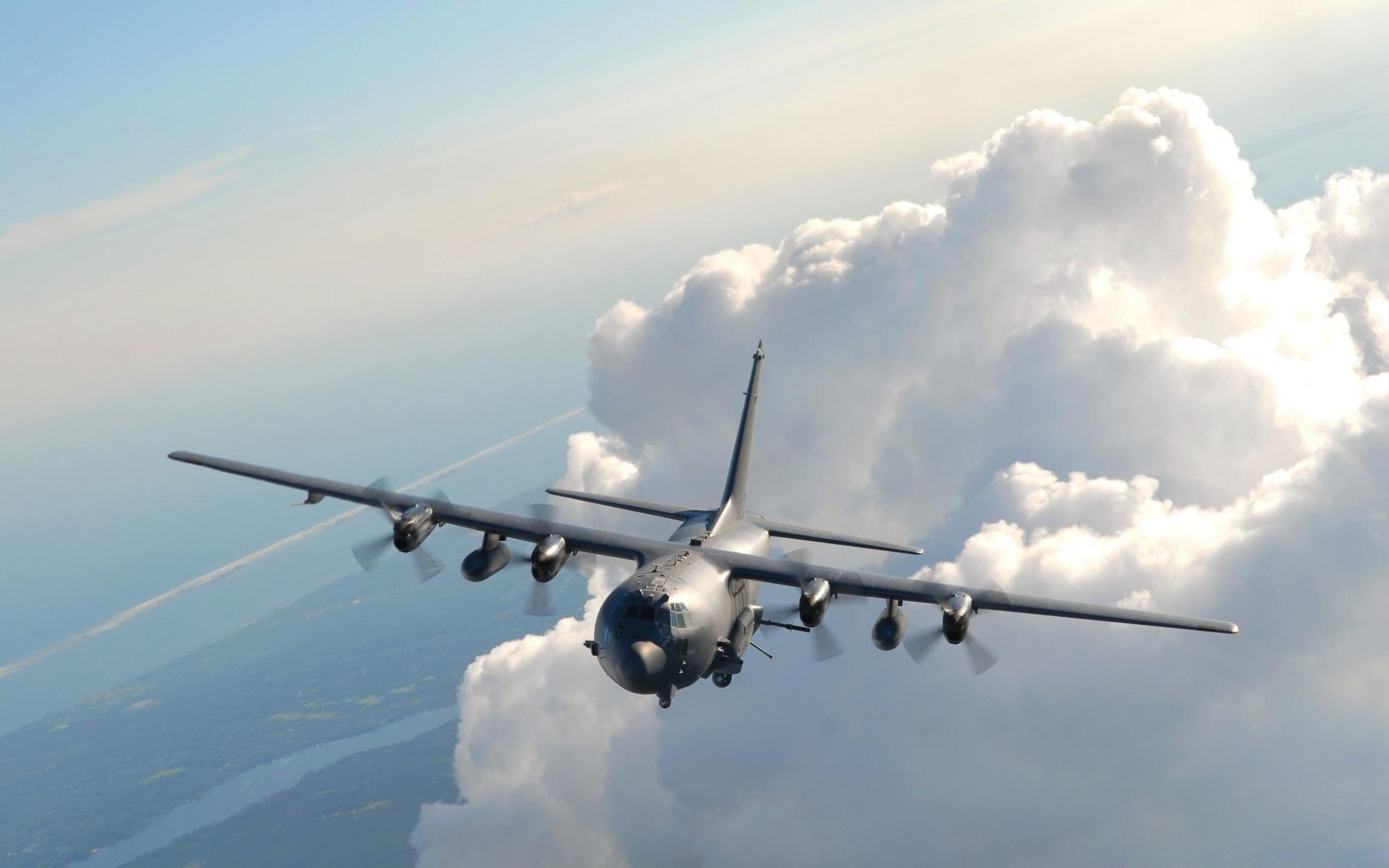 Открытки, картинки военные самолеты в небе