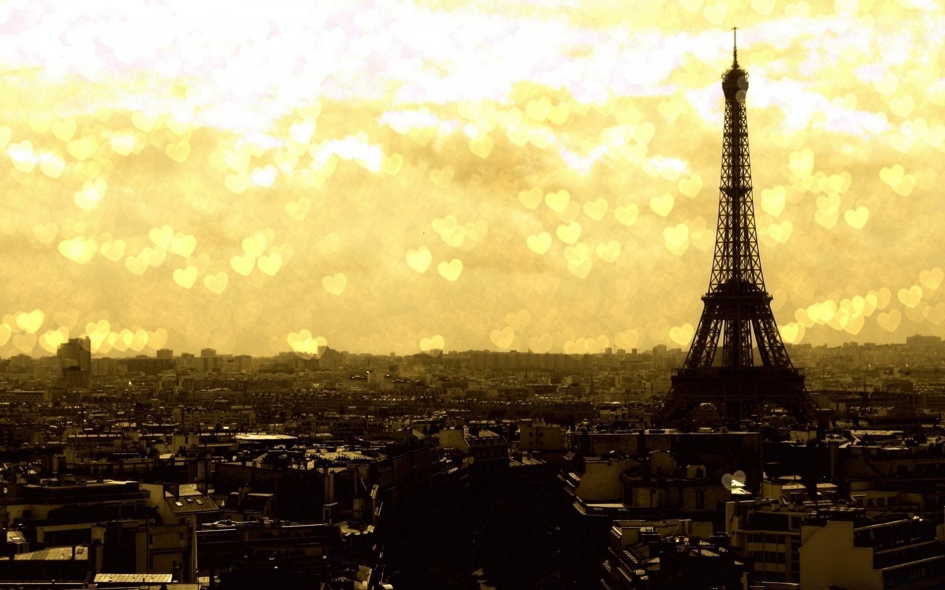 _Eiffel Tower at Night, Paris, France загрузить