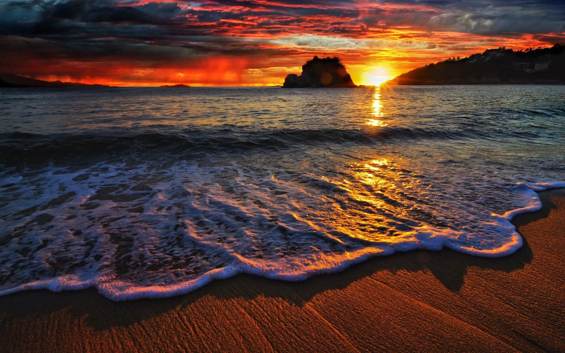 Мо�е пляж пе�ок пена �олн�е волна о��ажение Обои для