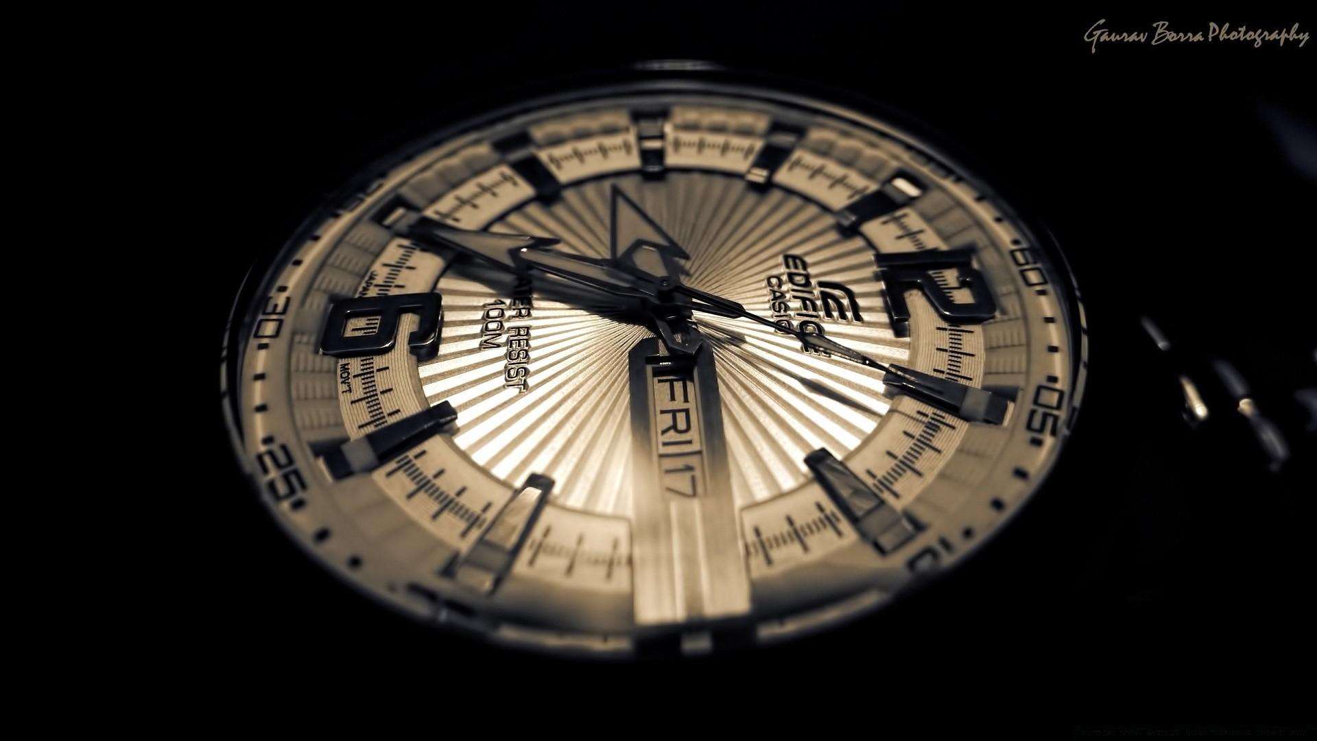 картинки на рабочий стол часы и дата кора это центр