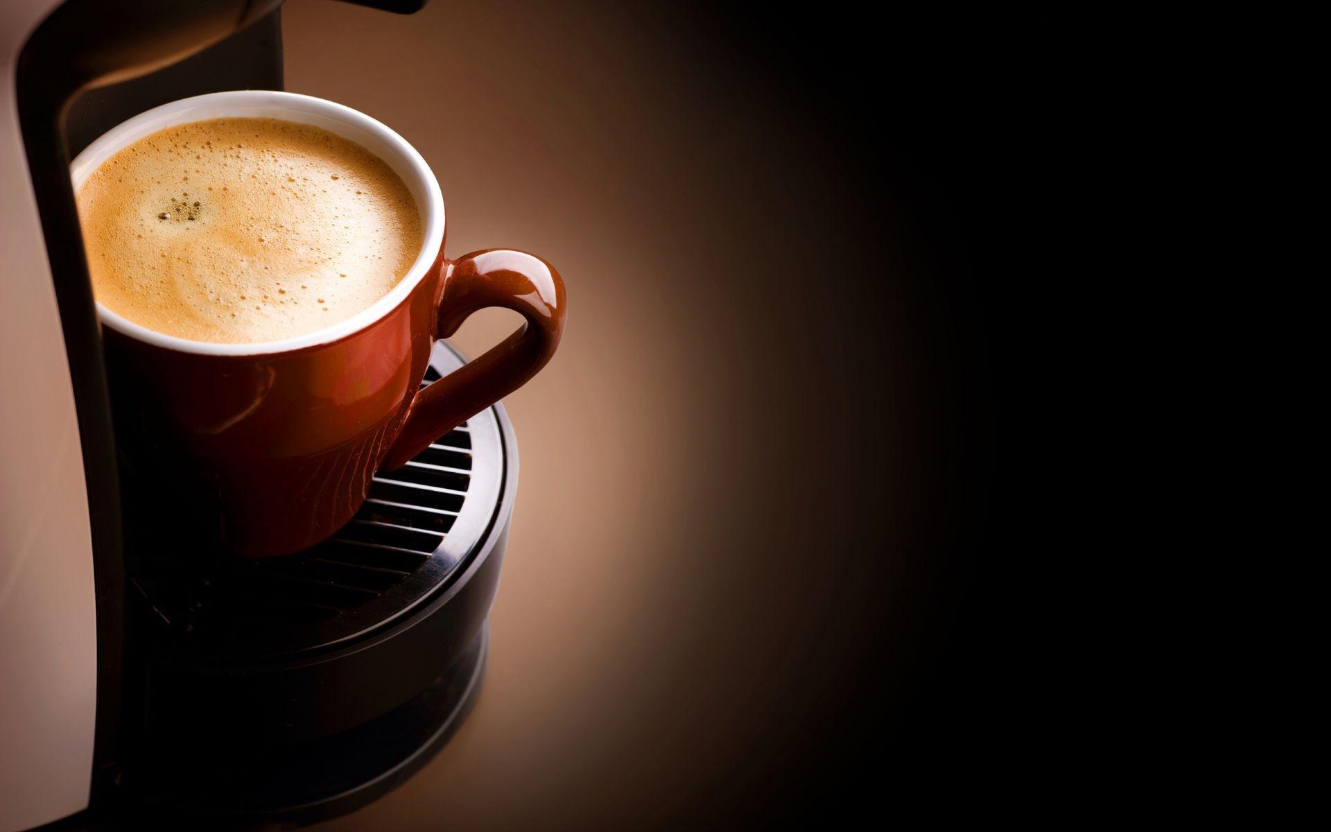 красотка, окно, сидит, кофе без смс