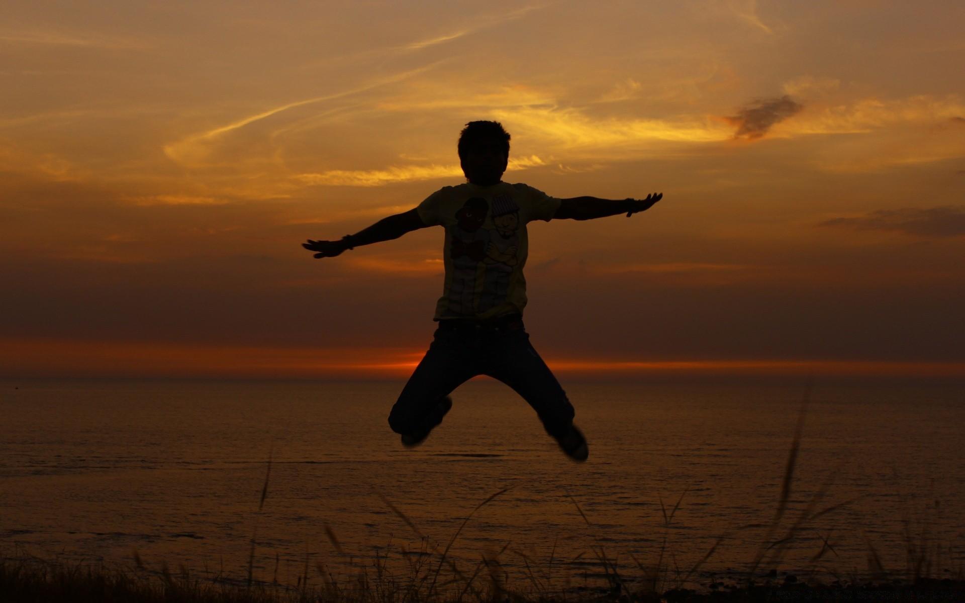 Я свободен картинки на закате, для поздравления девочке