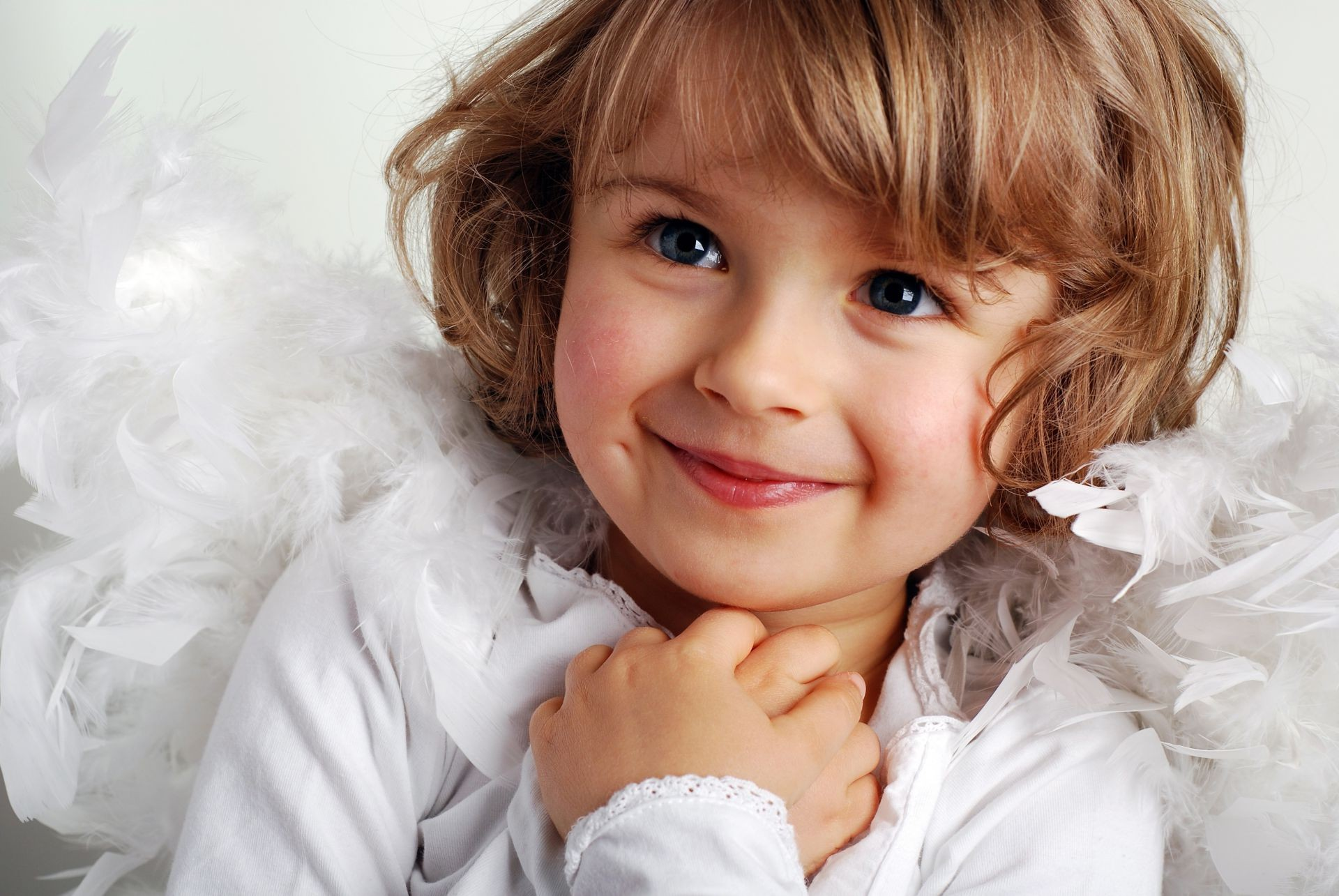 childhood beautiful little girl cute child smile New y