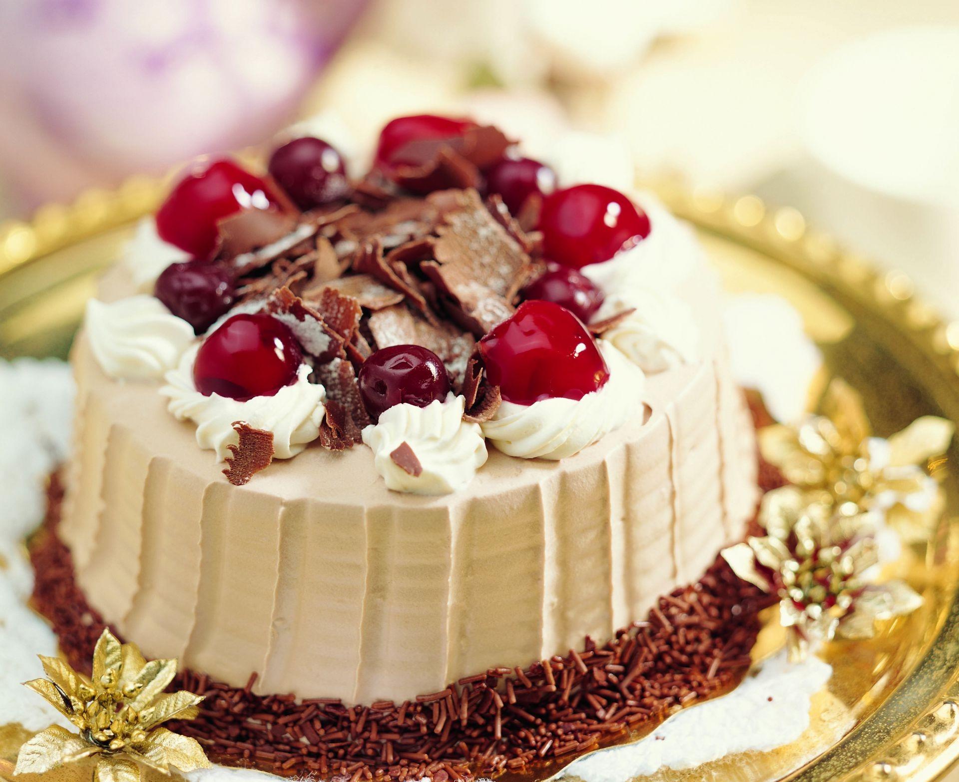 Открытки с праздничными тортами, черно белые картинки