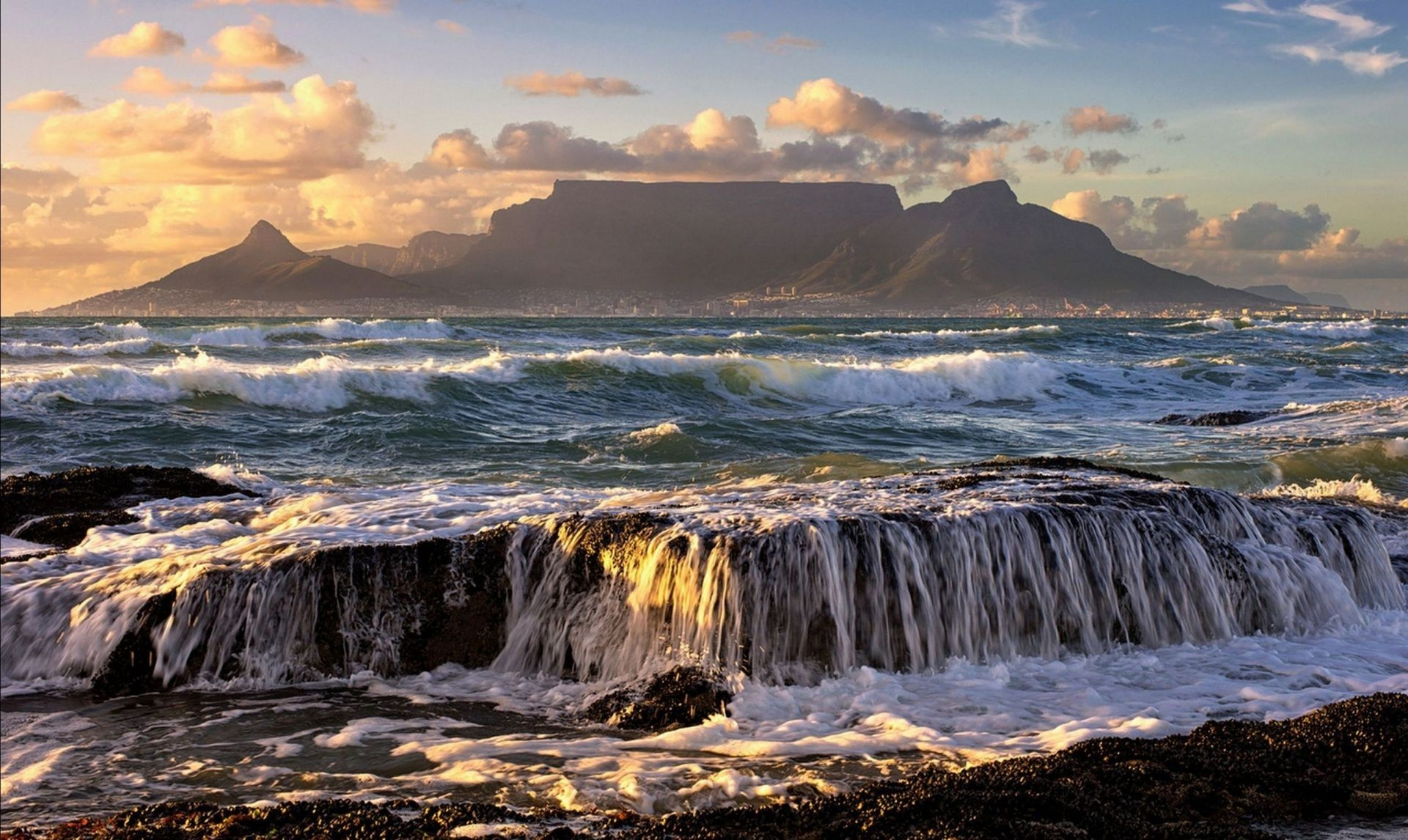 фото море и горы на рабочий стол
