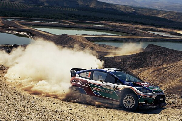 ралли форд Ford rally занос пыль