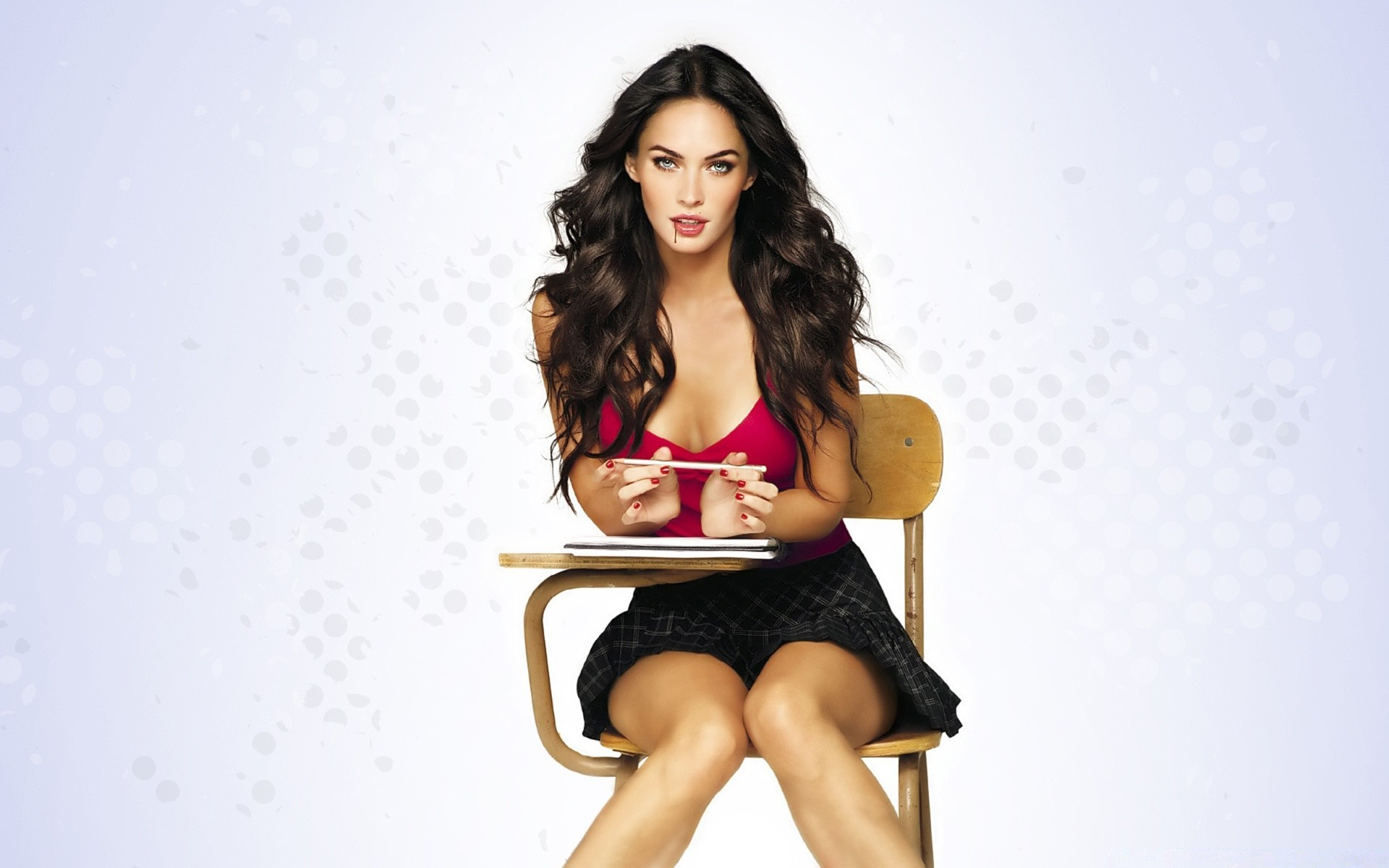 Megan fox every girl video, thainee teasing