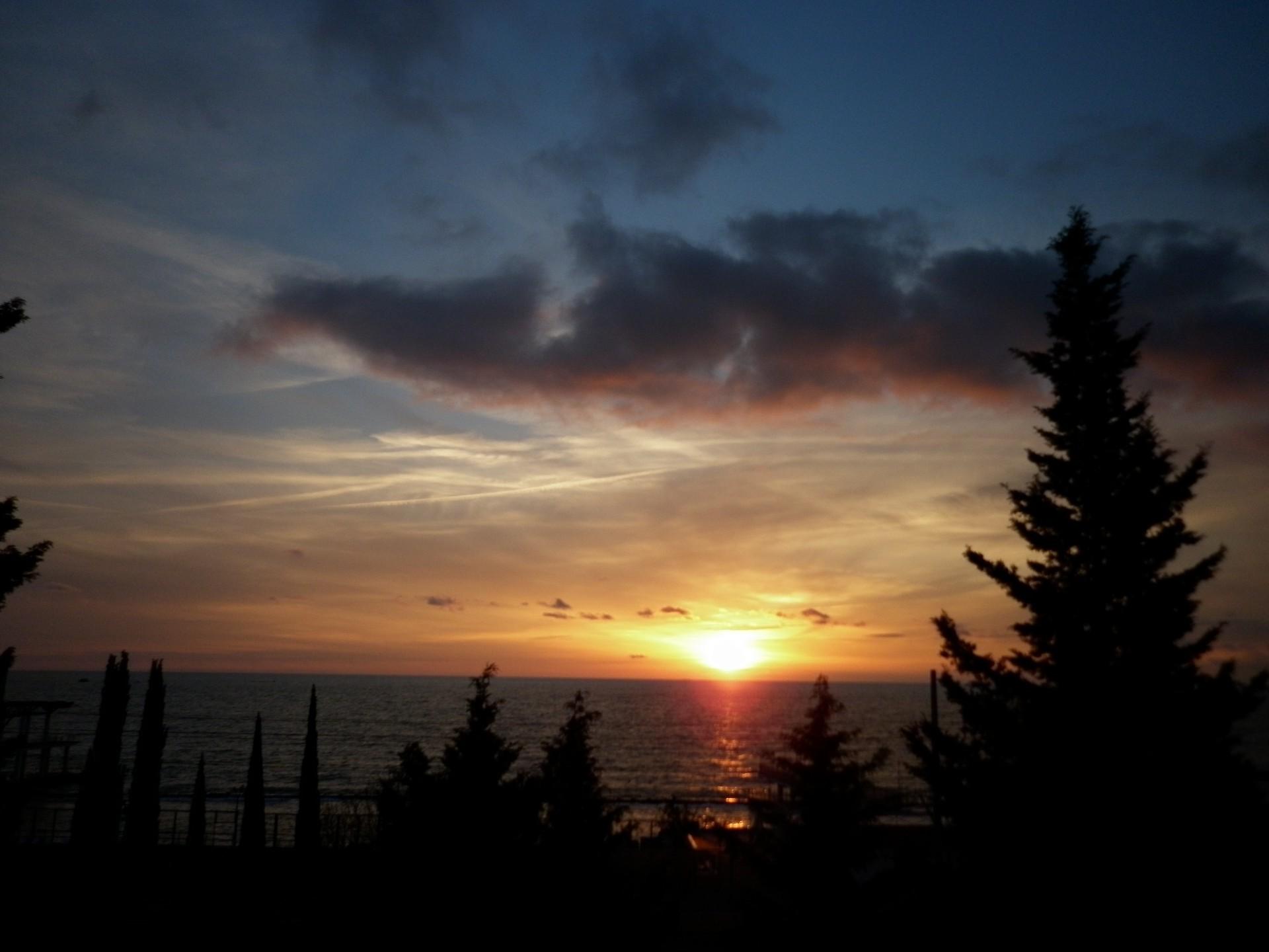 фото адлера море