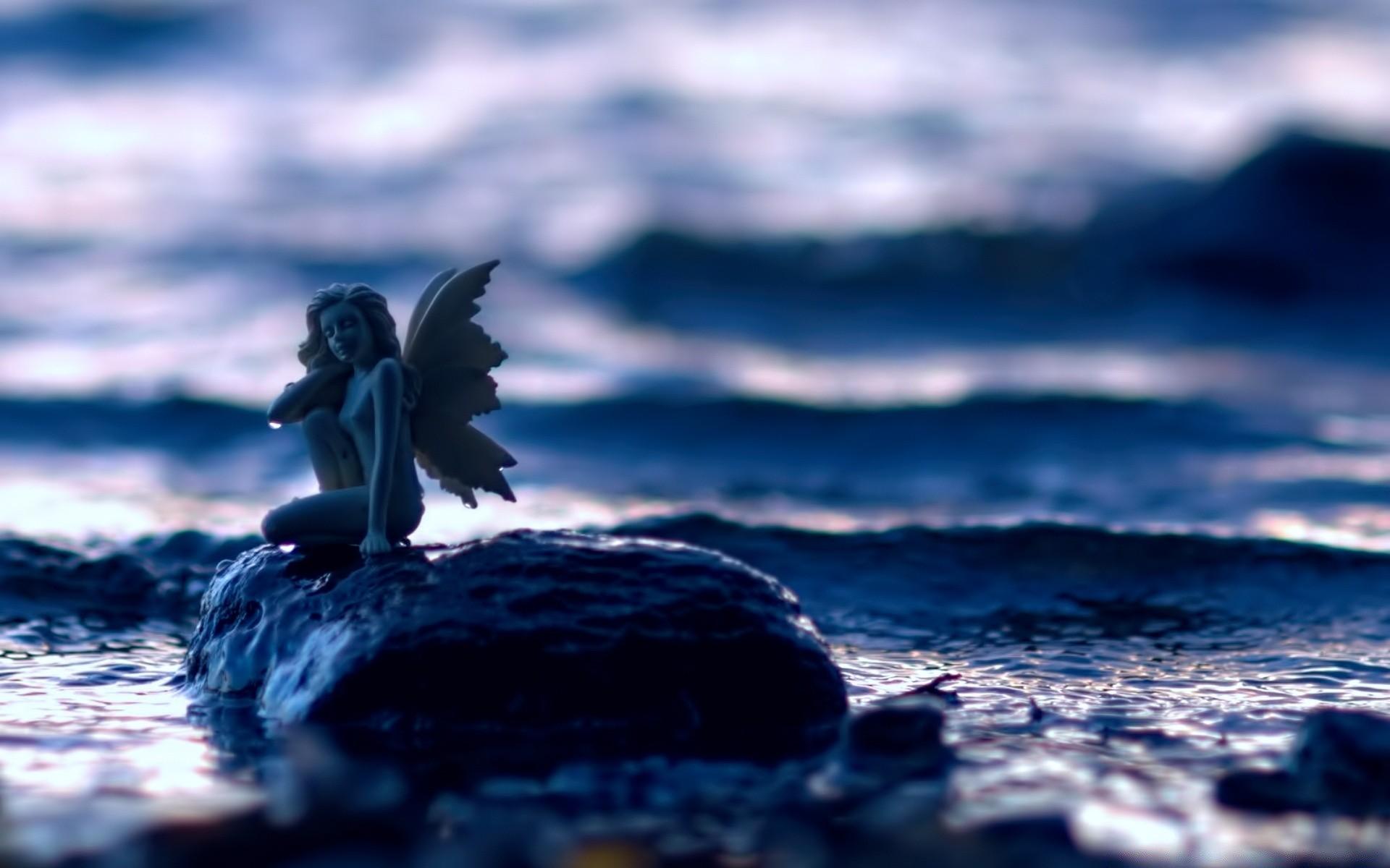 ангел на берегу картинка
