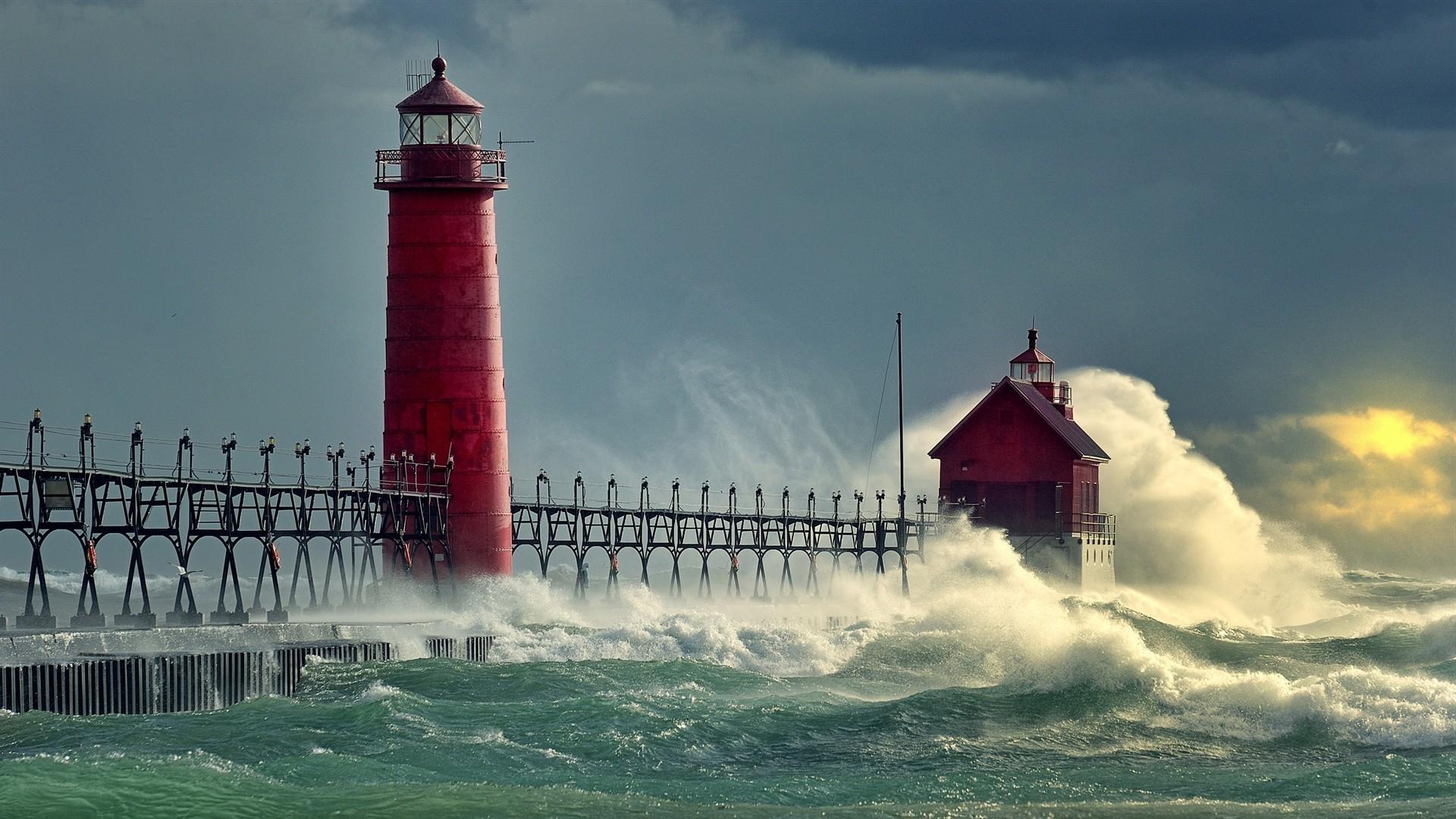 живые обои маяк шторм Квартиры