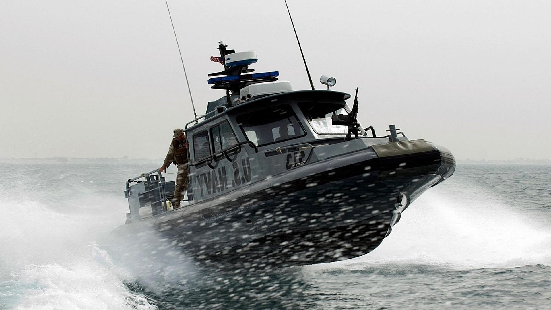 владелец военные катера фото и картинки компании позволяют