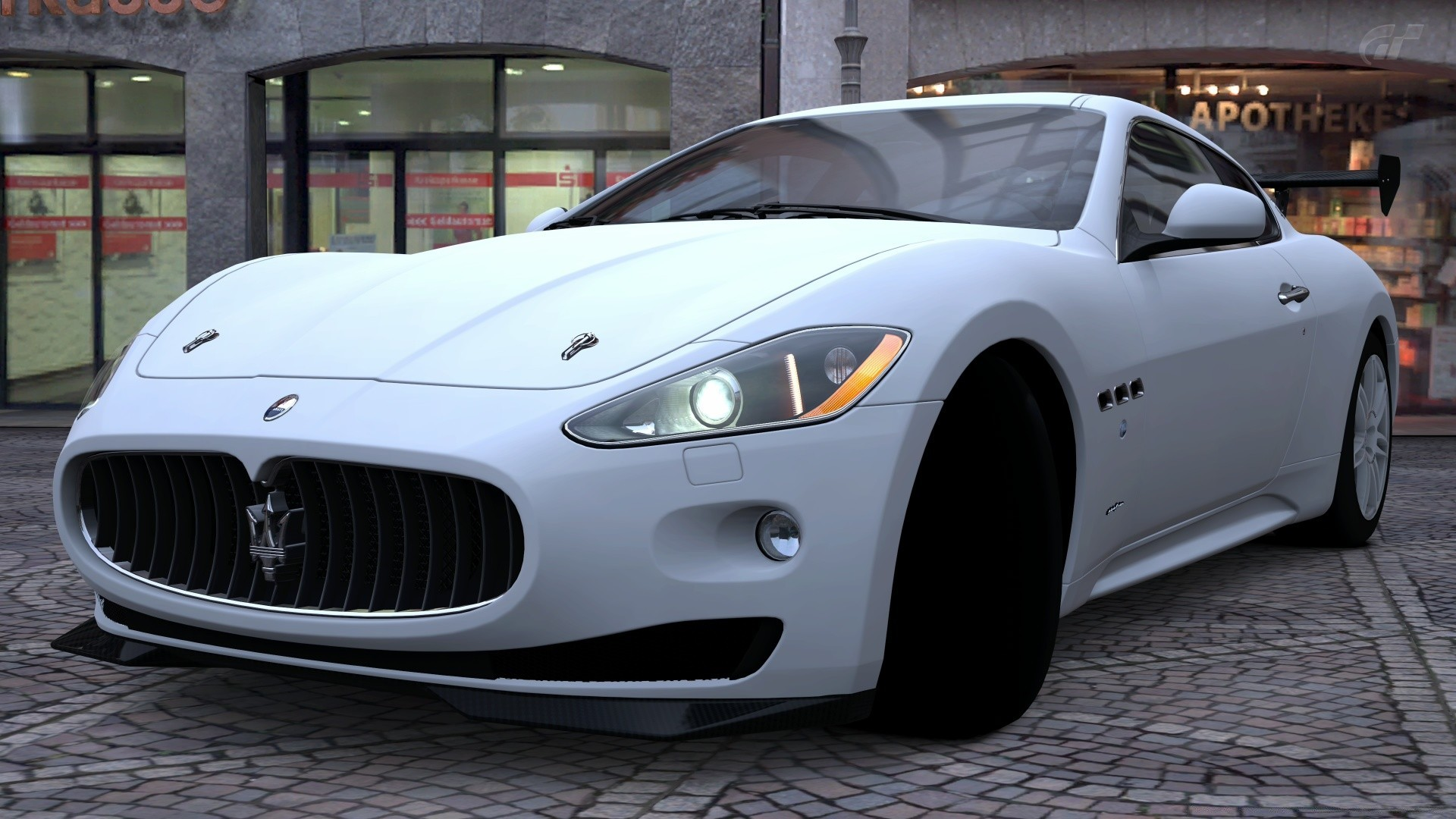 белый автомобиль maserati granturismo s бесплатно