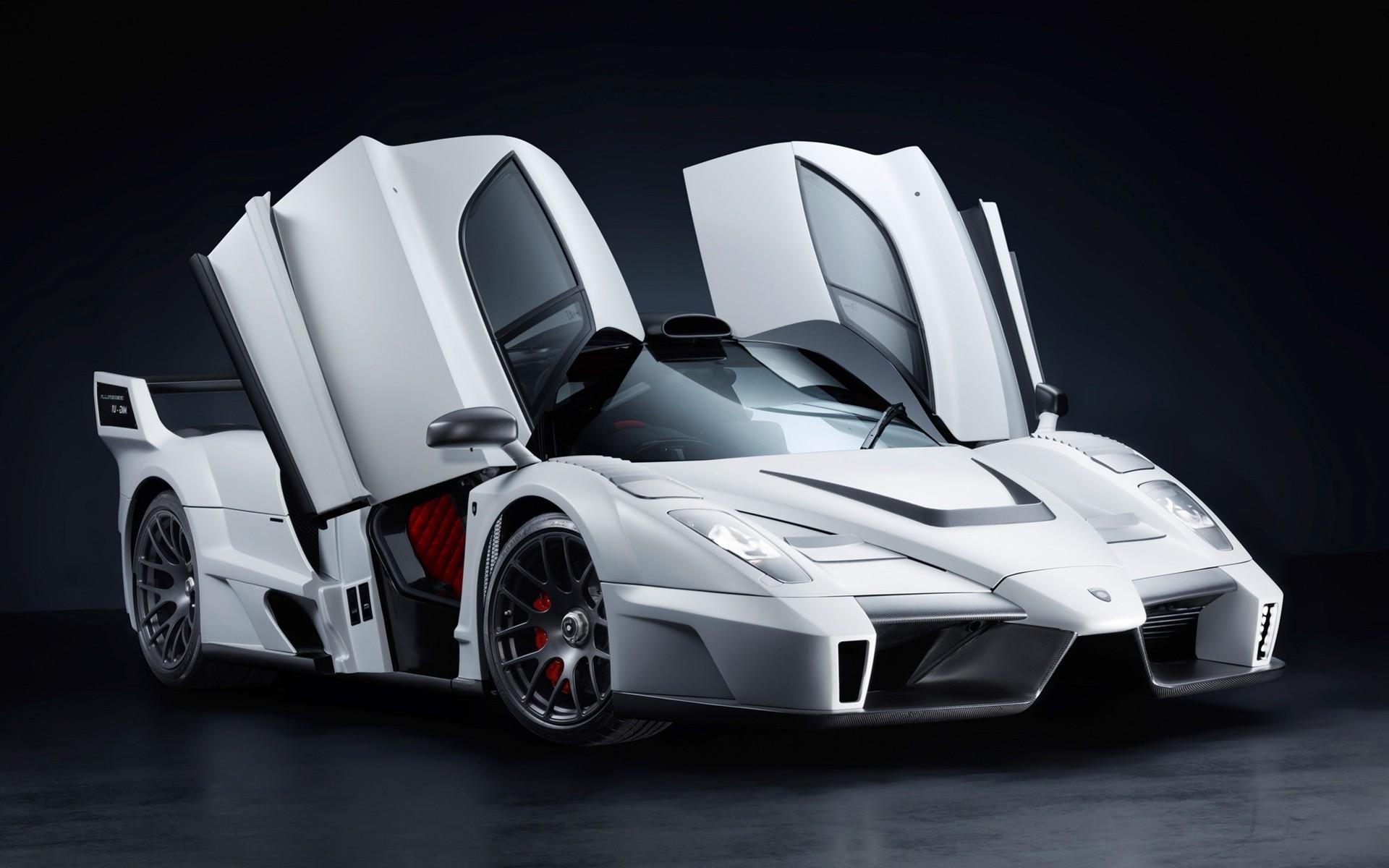 белый спортивный автомобиль gemballa mig u1 скачать