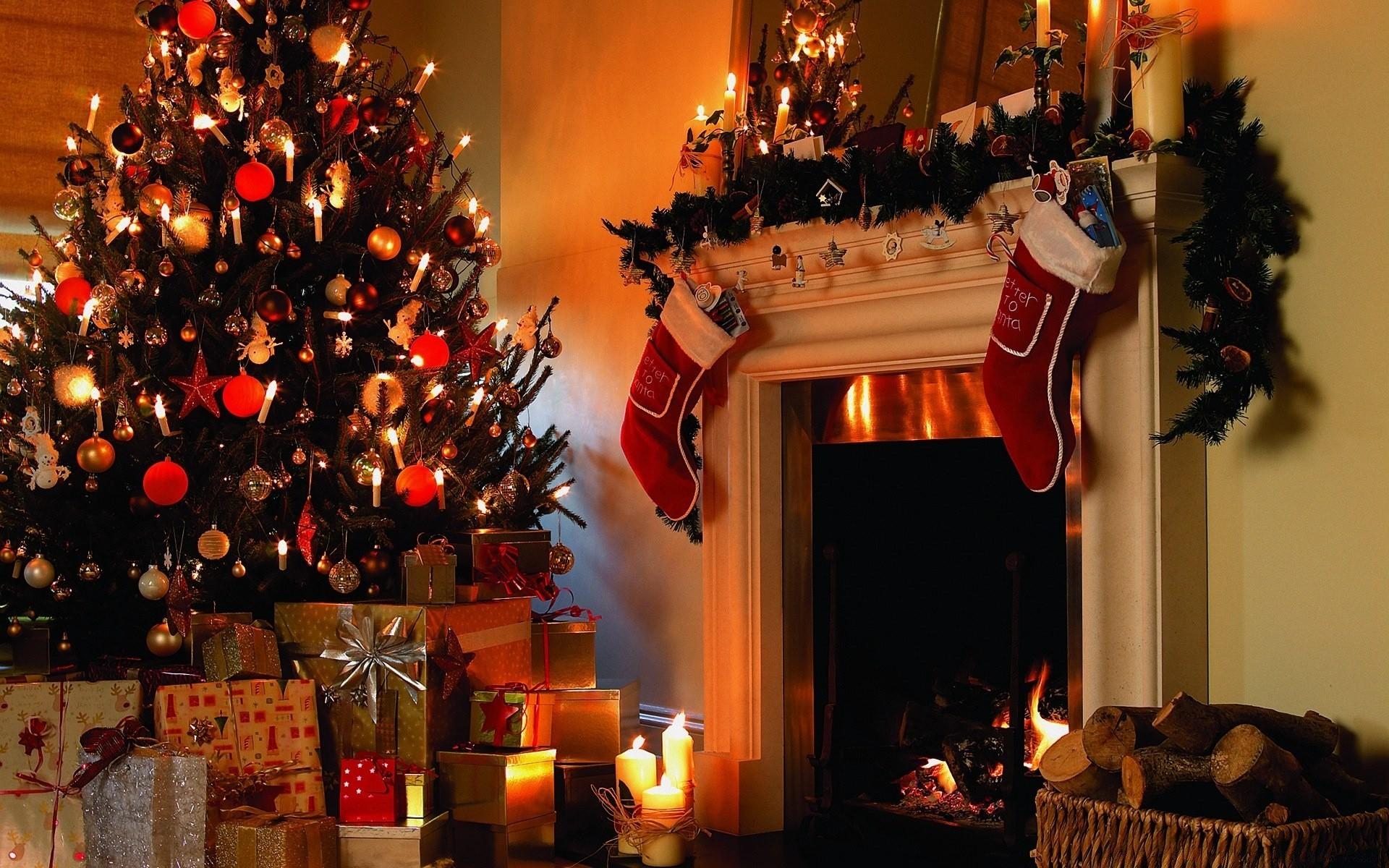 издавалась огромными картинки новый год и елка подарки платья