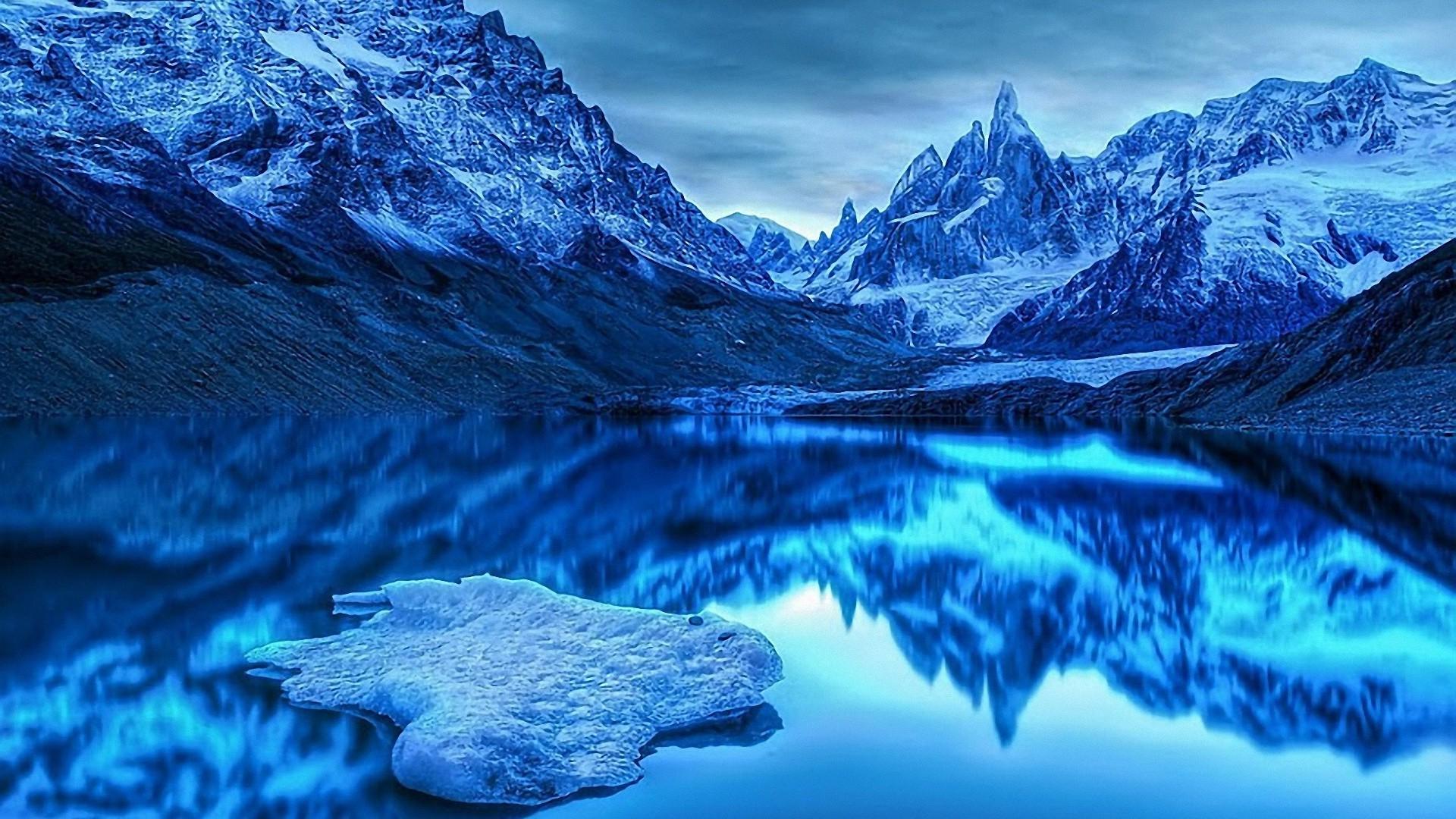 Синие горы обои на рабочий стол