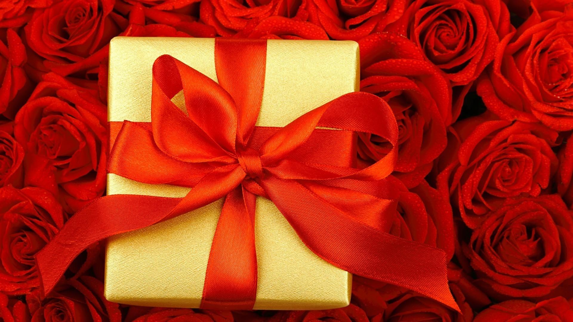 Нам нужен, открытки с розами в подарок